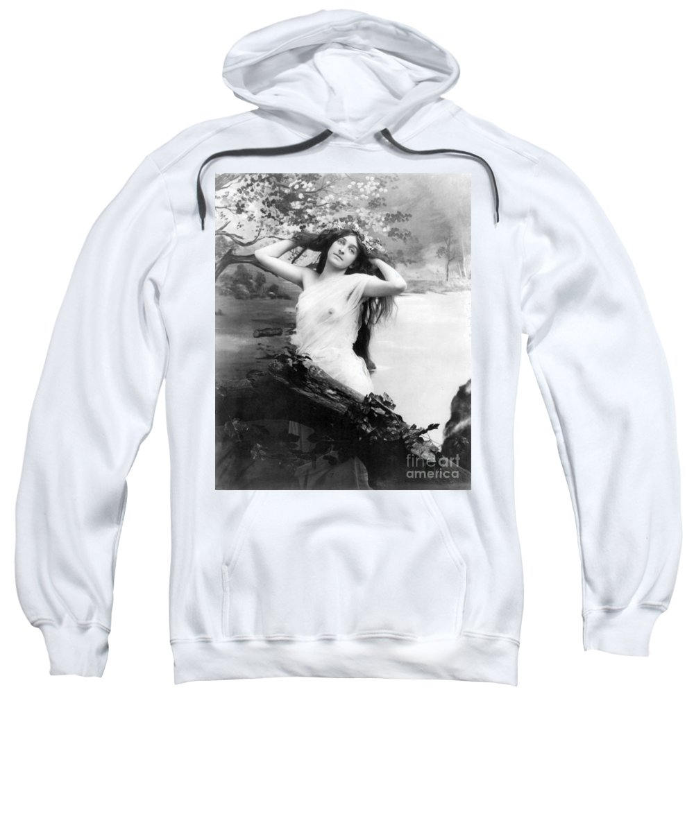 Erotica Sweatshirt featuring the photograph Nude Model, 1903 by Science Source