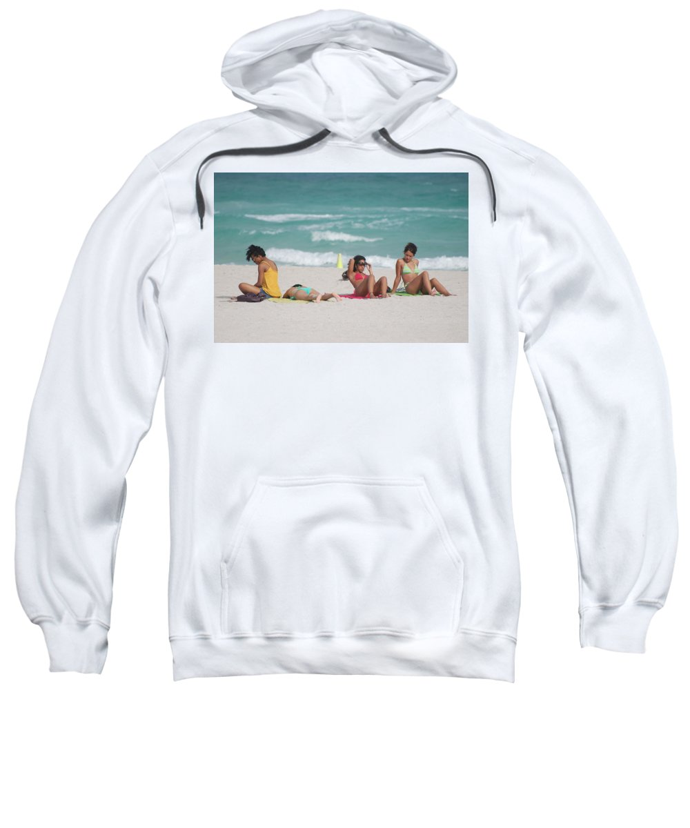 Sea Scape Sweatshirt featuring the photograph 3 Up 1 Down At The Beach by Rob Hans