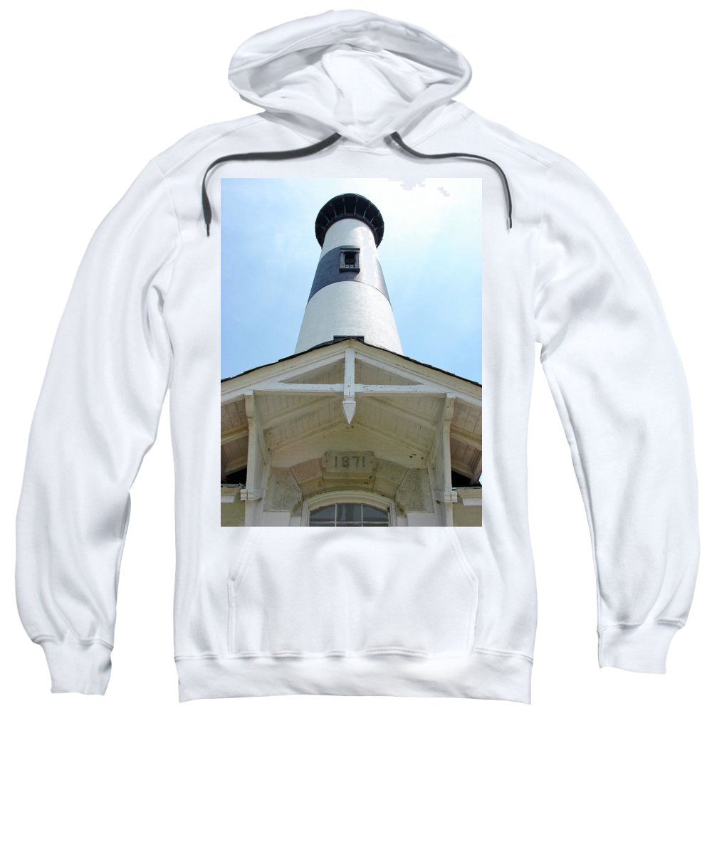 Bodie Lighthouse Sweatshirt featuring the photograph Bodie Lighthouse Nags Head Nc IIi by Brett Winn