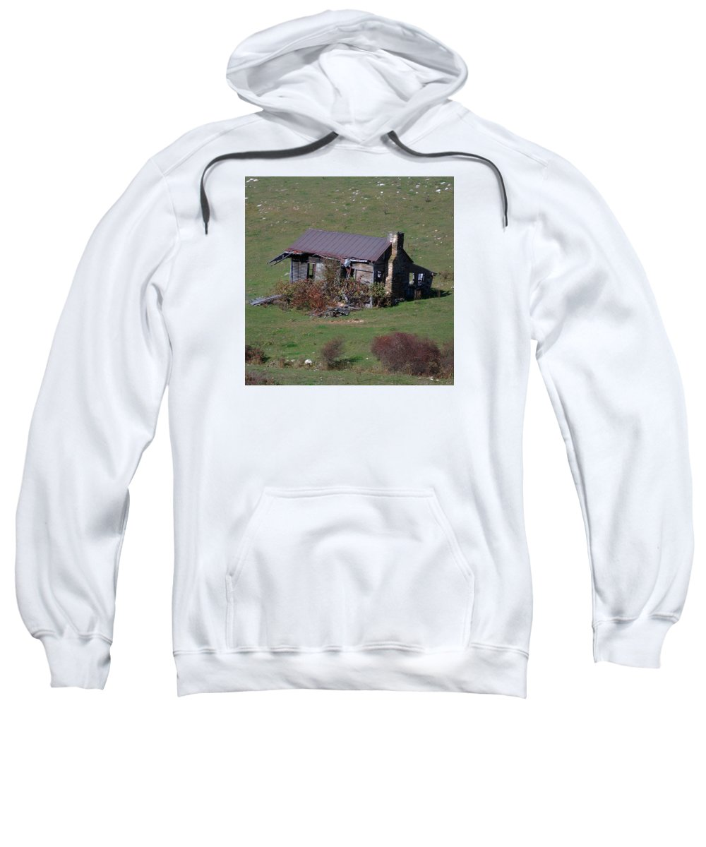 Scenic Tours Sweatshirt featuring the photograph Buildings 8 by Skip Willits