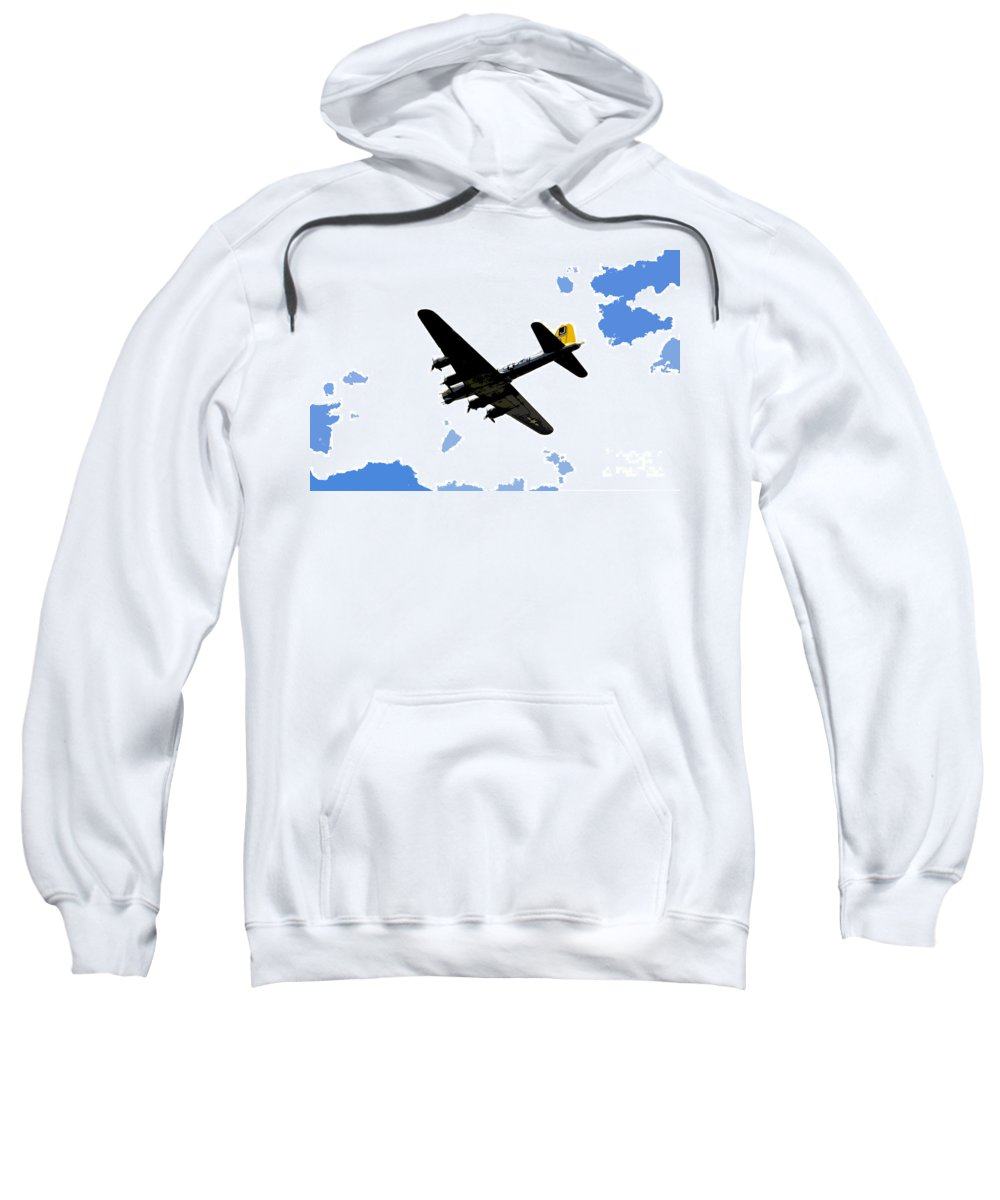 B 17 Sweatshirt featuring the photograph Flying For Home by David Lee Thompson
