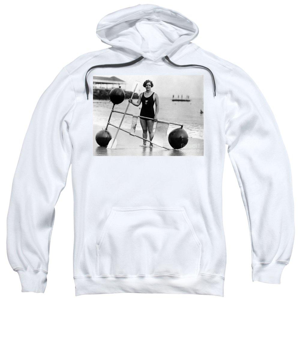 1924 Sweatshirt featuring the photograph Gertrude Ederle (1906-2003) by Granger