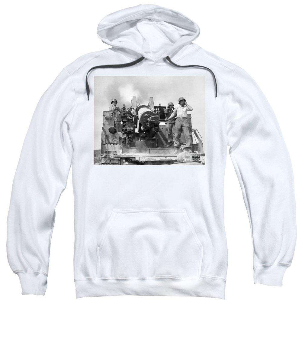 1952 Sweatshirt featuring the photograph Korean War Artillerymen by Granger