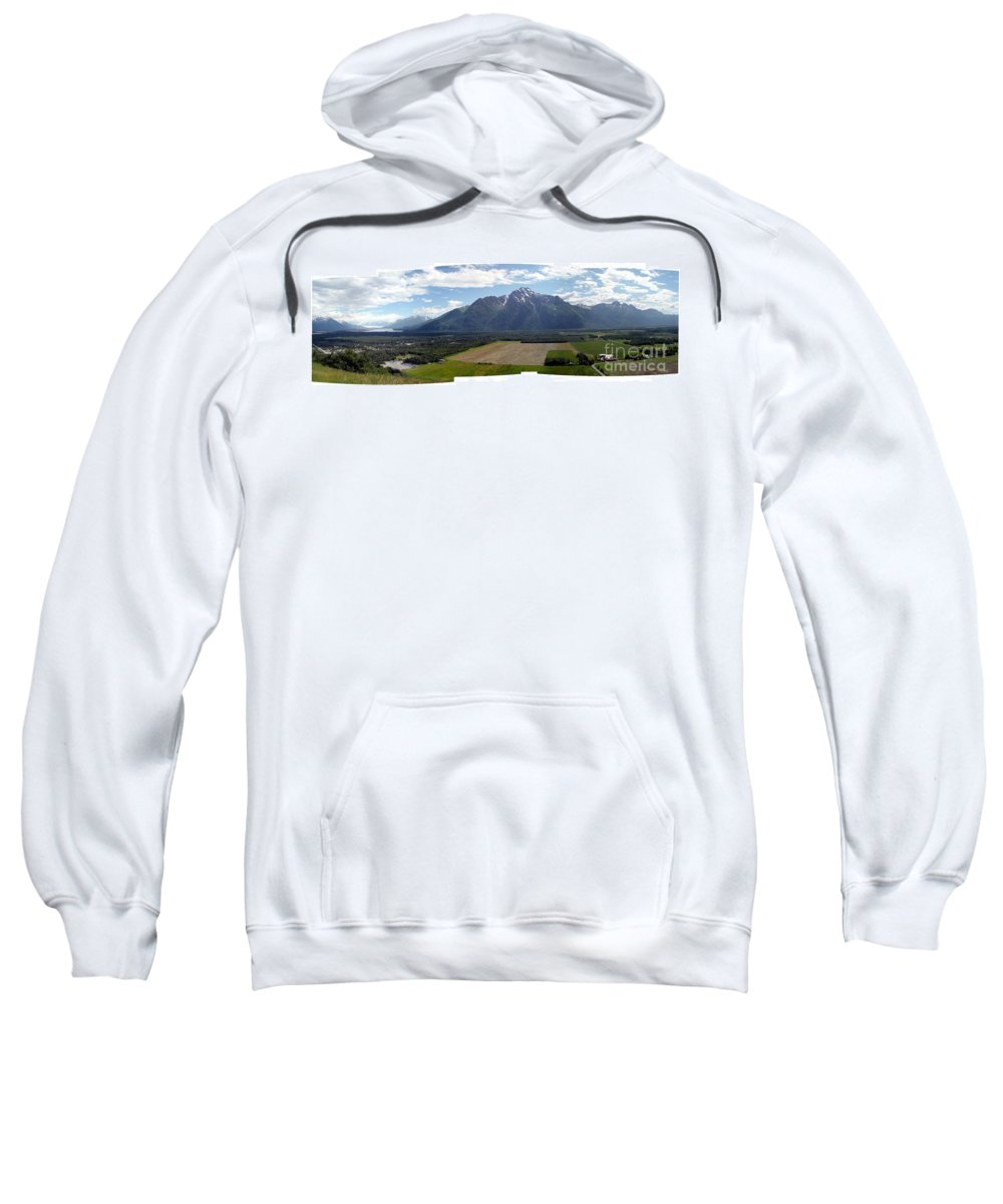 Landscape Sweatshirt featuring the photograph On A Butteiful Day by Ron Bissett