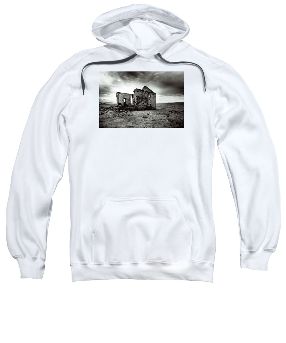 Ruin Sweatshirt featuring the photograph Ruin Of A Church On The Island Of Skye, Scotland by Ineke Mighorst