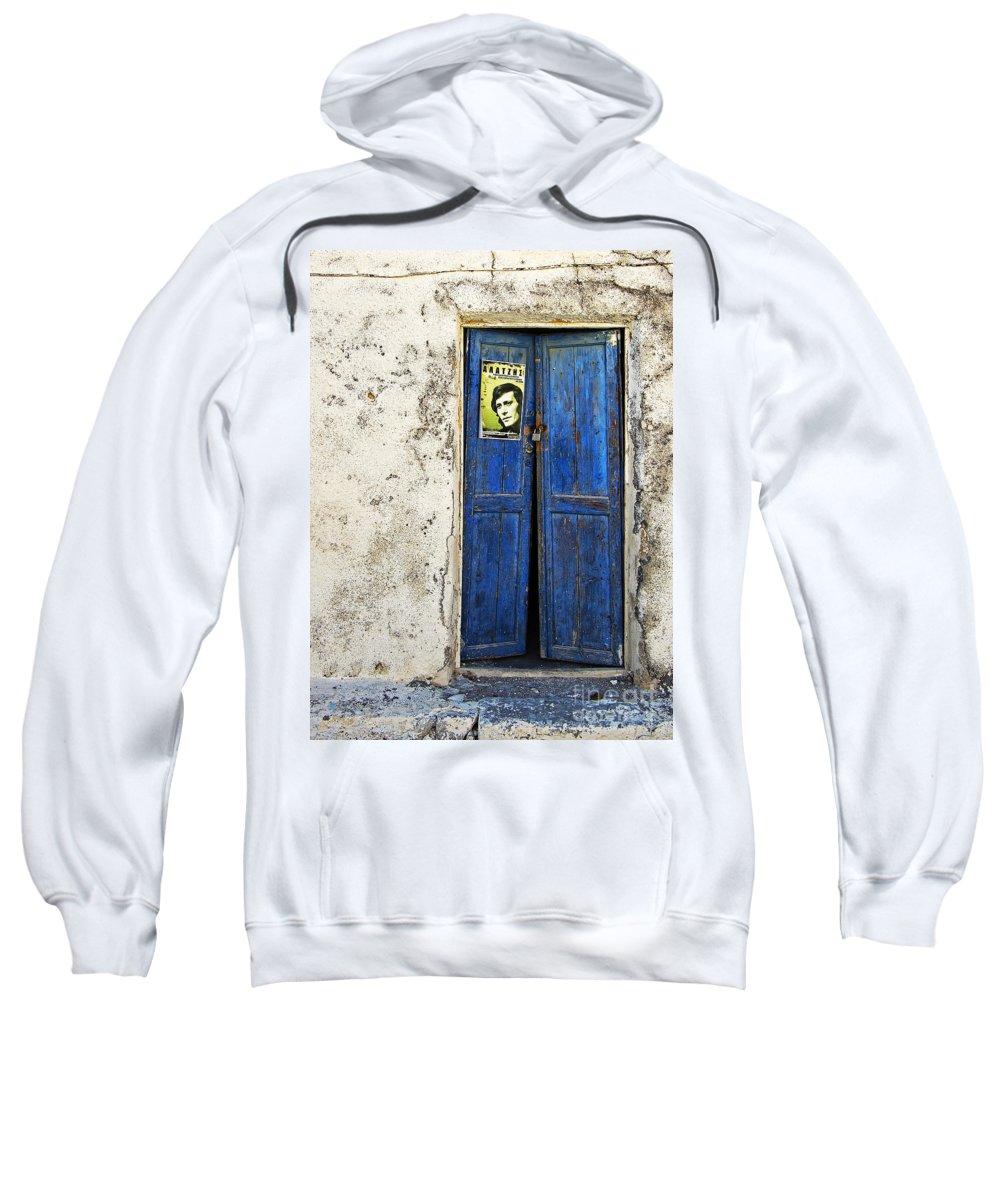 Door Sweatshirt featuring the photograph Singin' The Blues by Meirion Matthias