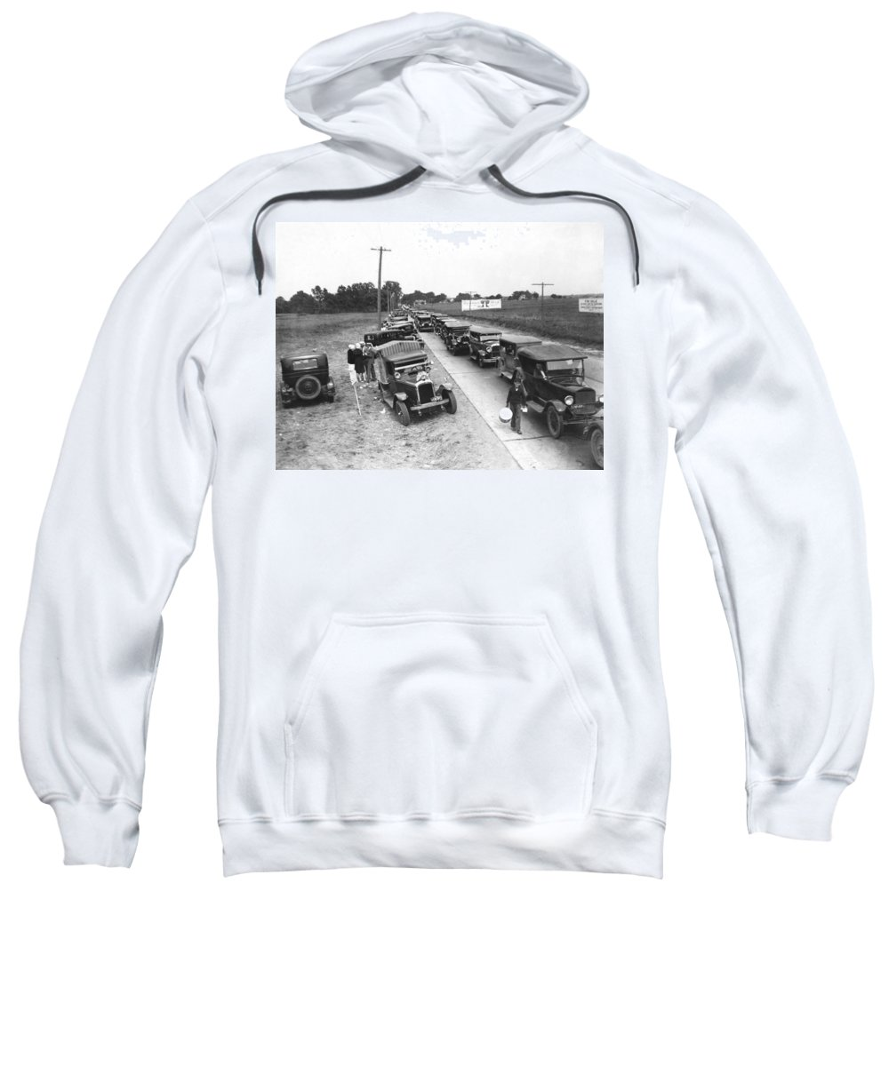 1920s Sweatshirt featuring the photograph Summertime Country Traffic Jam by Underwood Archives