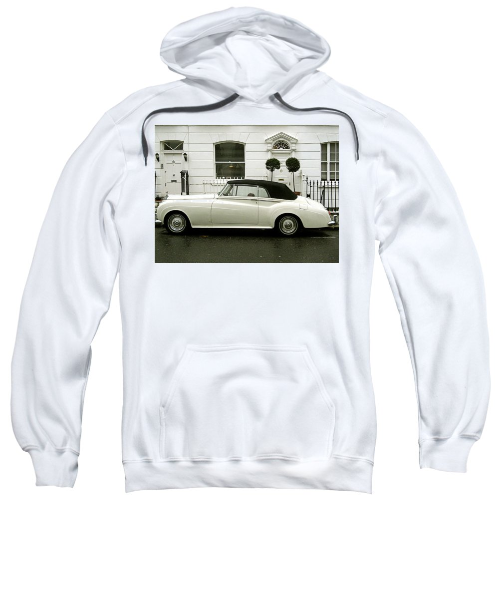 London Sweatshirt featuring the photograph Tea Time by Osvaldo Hamer