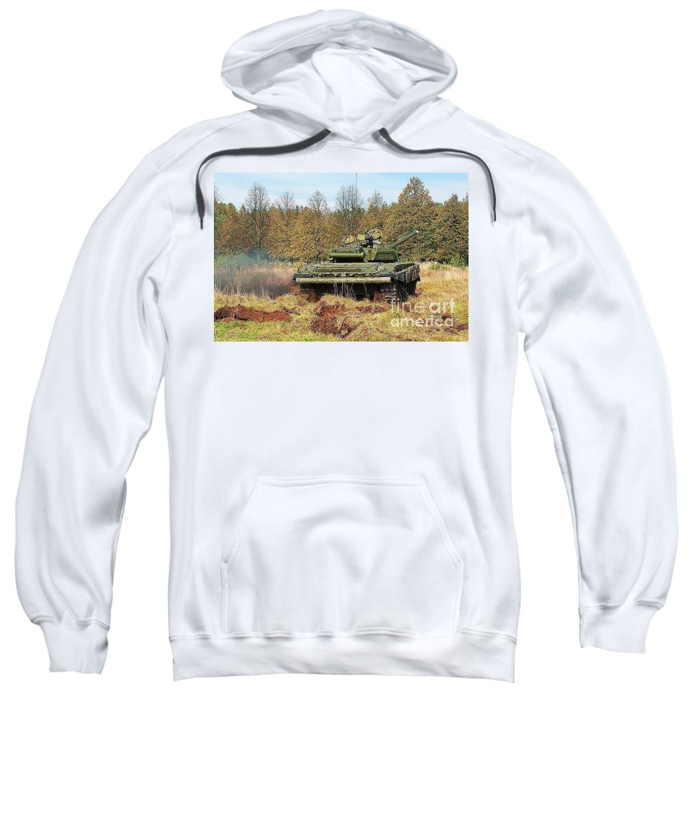 Armour Sweatshirt featuring the photograph The Tank T-72 In Movement by Vadzim Kandratsenkau