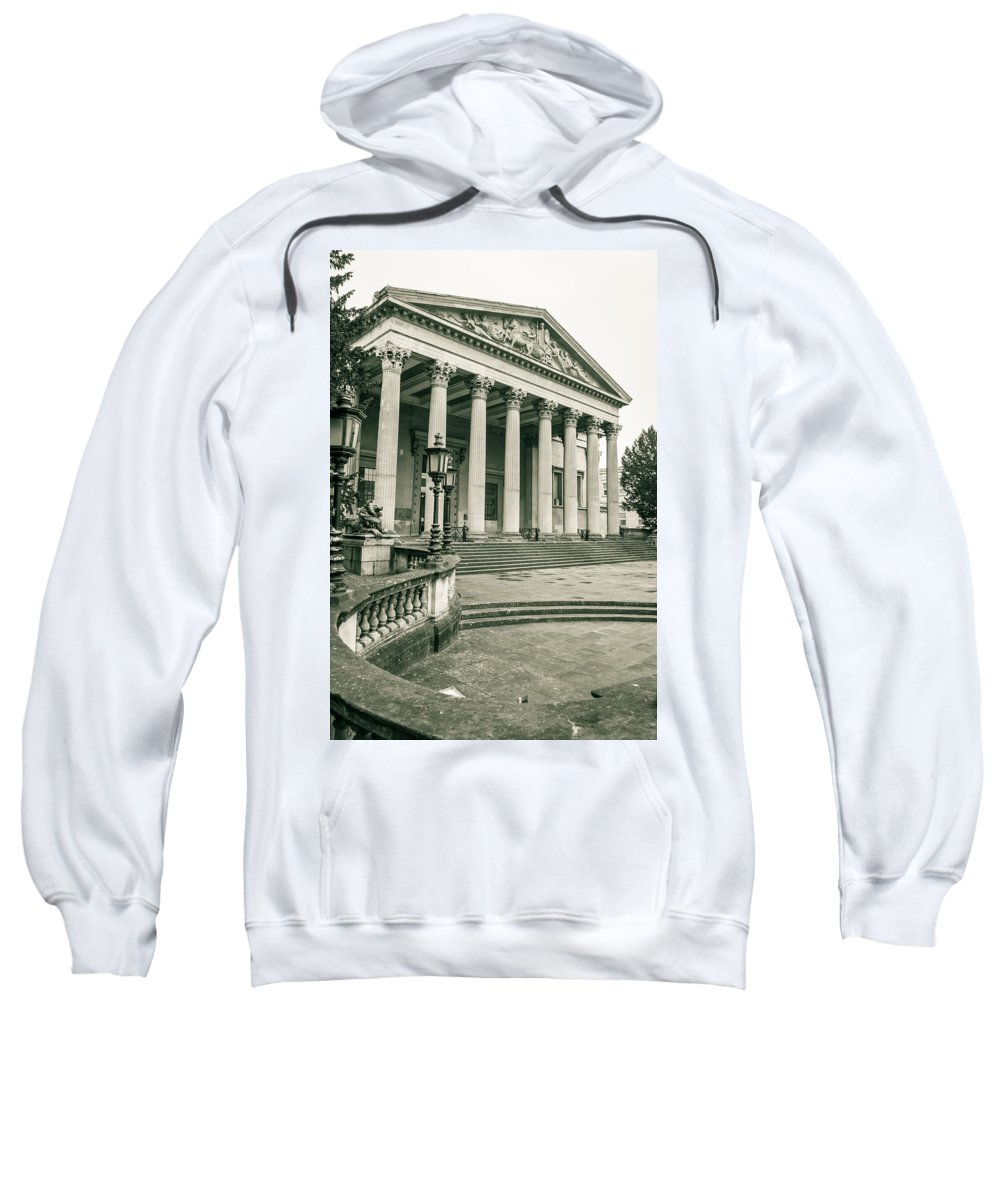 6x4 Sweatshirt featuring the photograph The Victoria Rooms With Lamp Post, Bristol by Jacek Wojnarowski