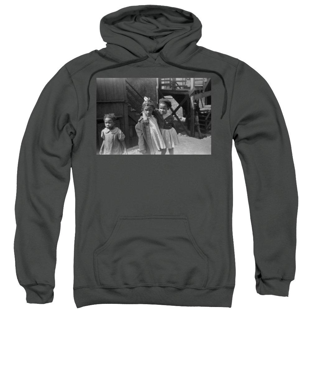 1941 Sweatshirt featuring the photograph Chicago Children, 1941 by Granger