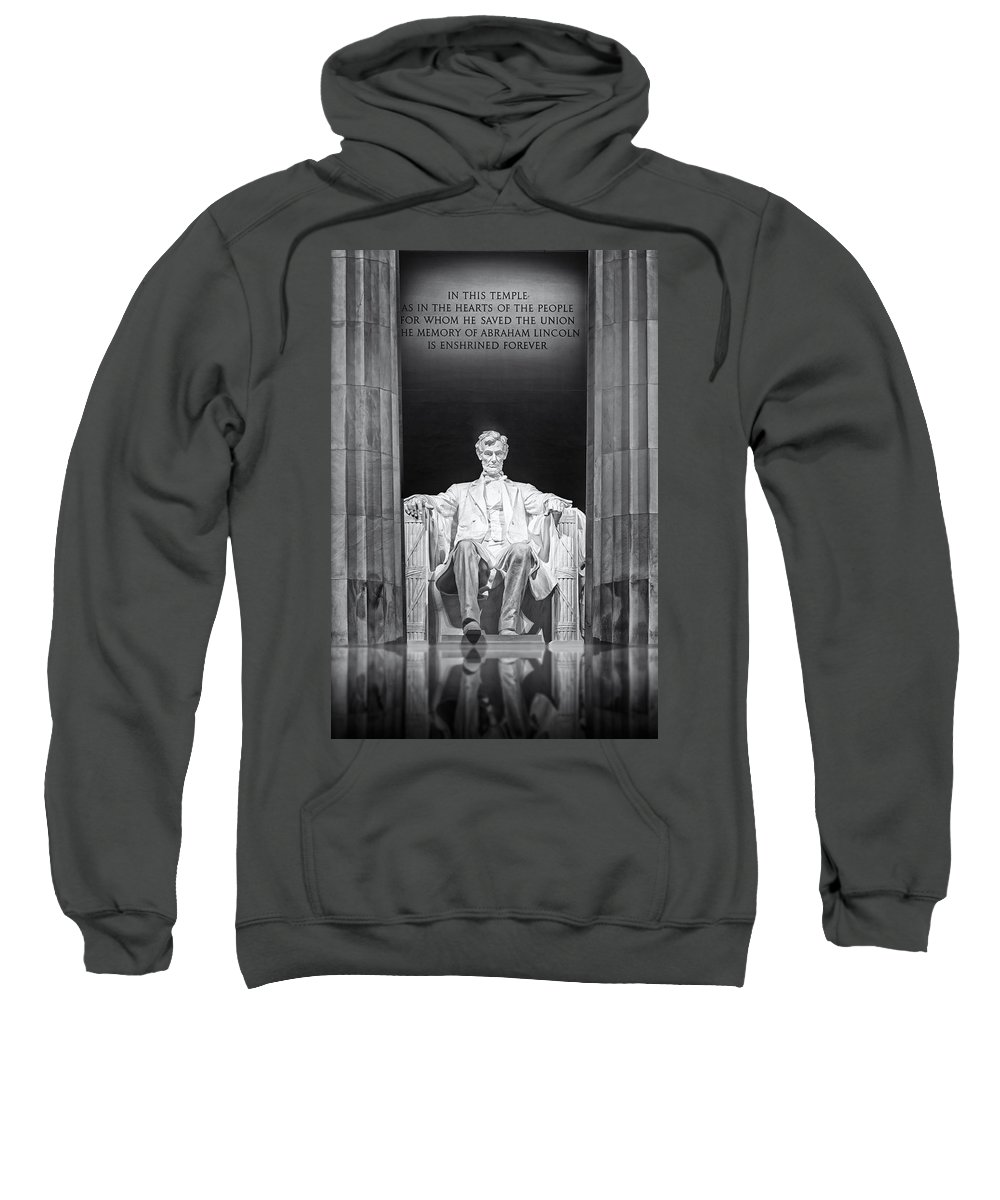 Abraham Lincoln Sweatshirt featuring the photograph Abraham Lincoln Memorial by Susan Candelario
