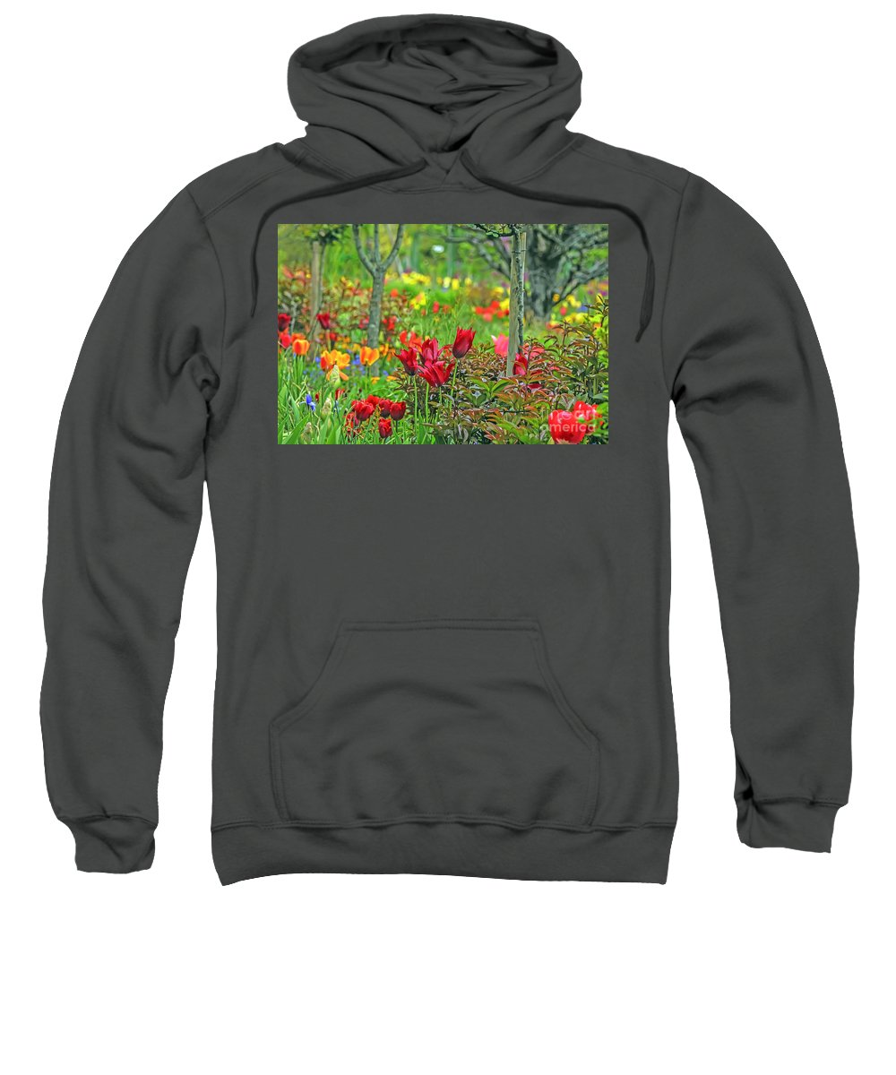 Travel Sweatshirt featuring the photograph Brilliance Of Burgundy by Elvis Vaughn