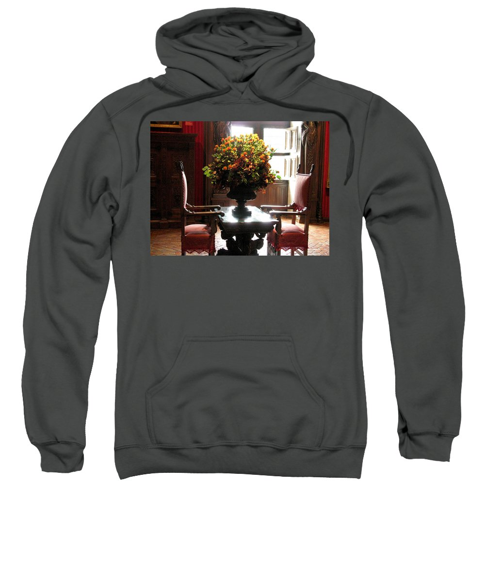 Chateau Chenonceau Sweatshirt featuring the photograph Chateau De Chenonceau Flowers And Chairs by Randi Kuhne