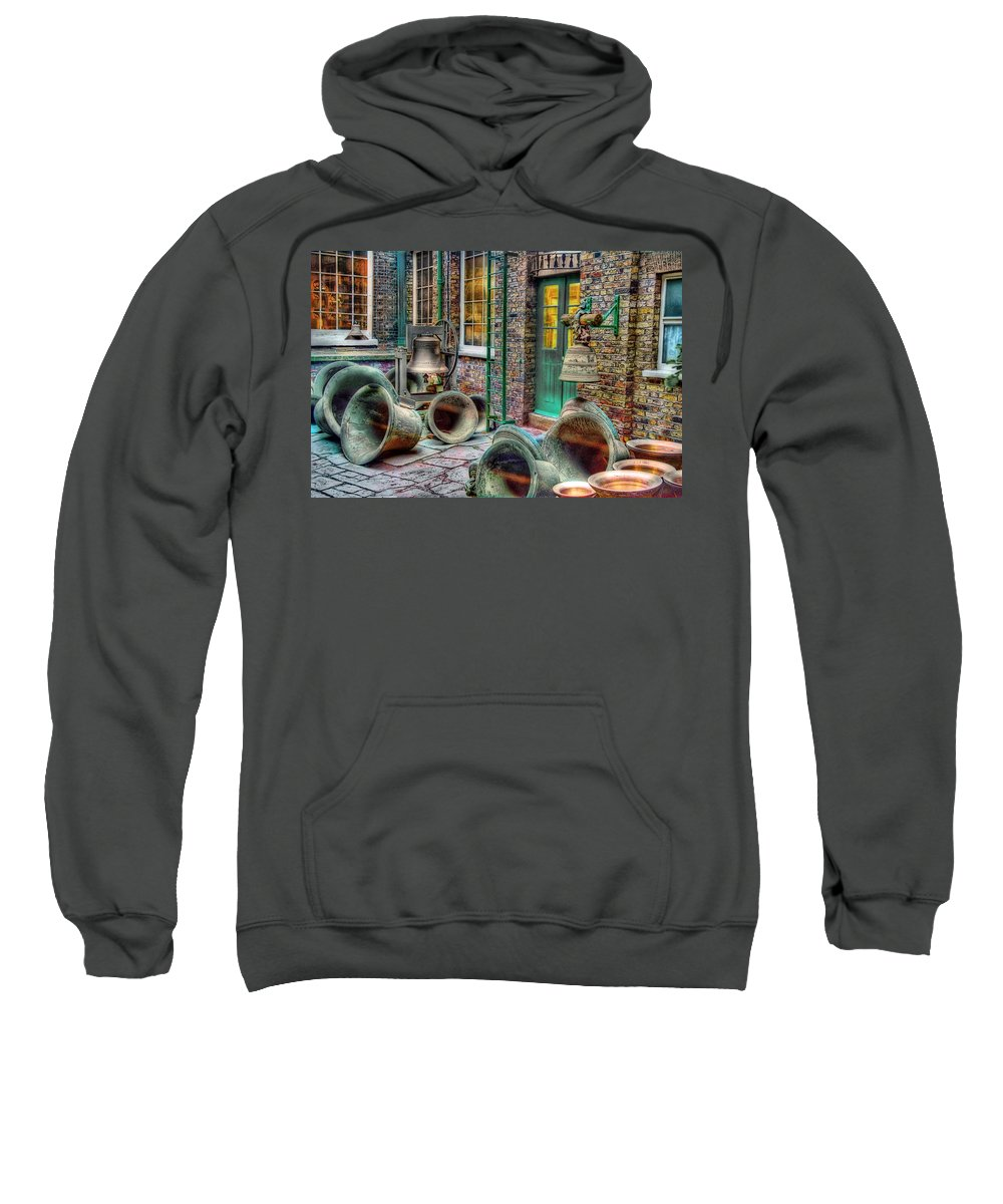 Ronsho Sweatshirt featuring the photograph Ding Dong by New York