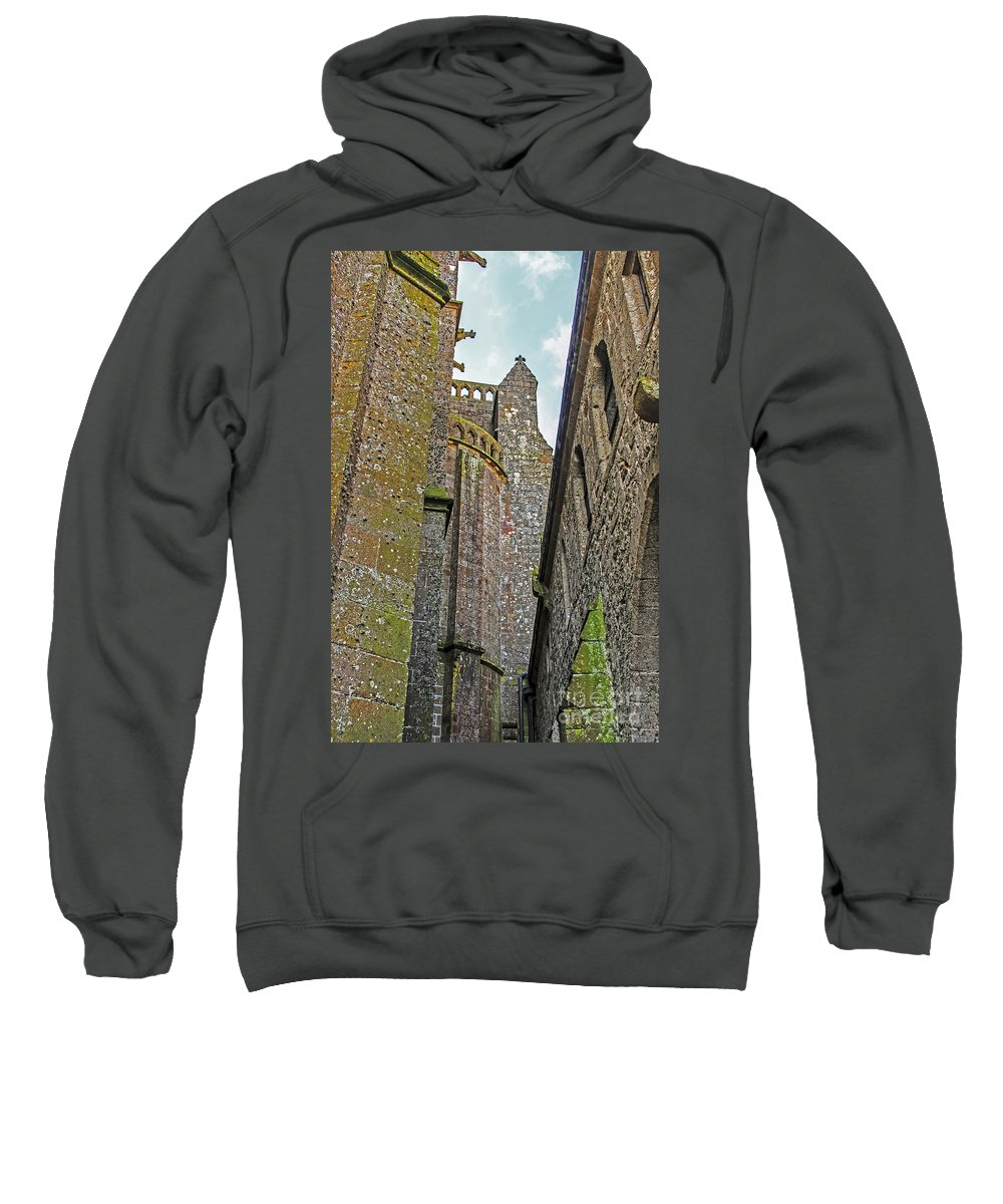 Travel Sweatshirt featuring the photograph Feudal Canyon by Elvis Vaughn