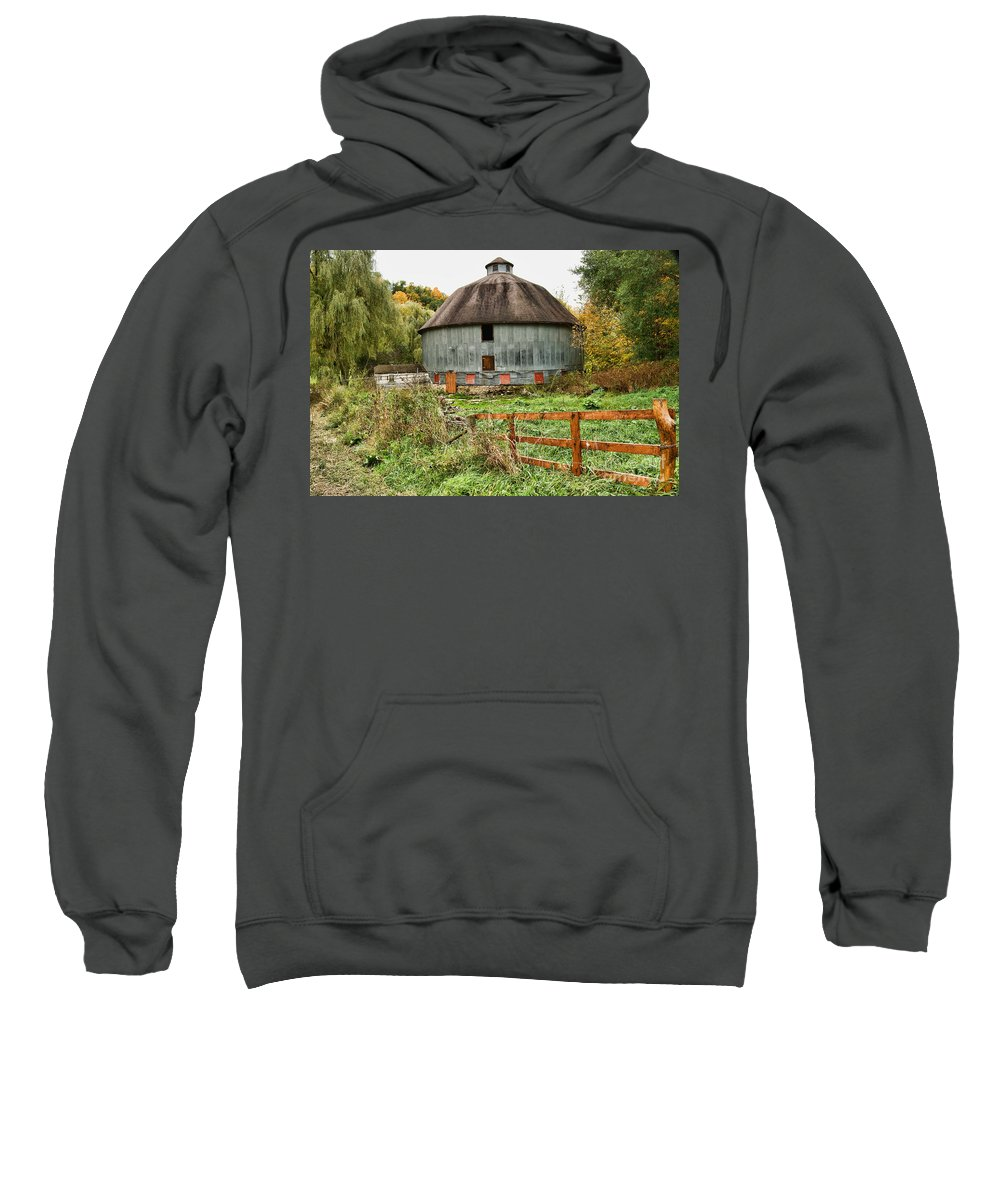 George Harris Sweatshirt featuring the photograph Harris Barn by Tommy Anderson