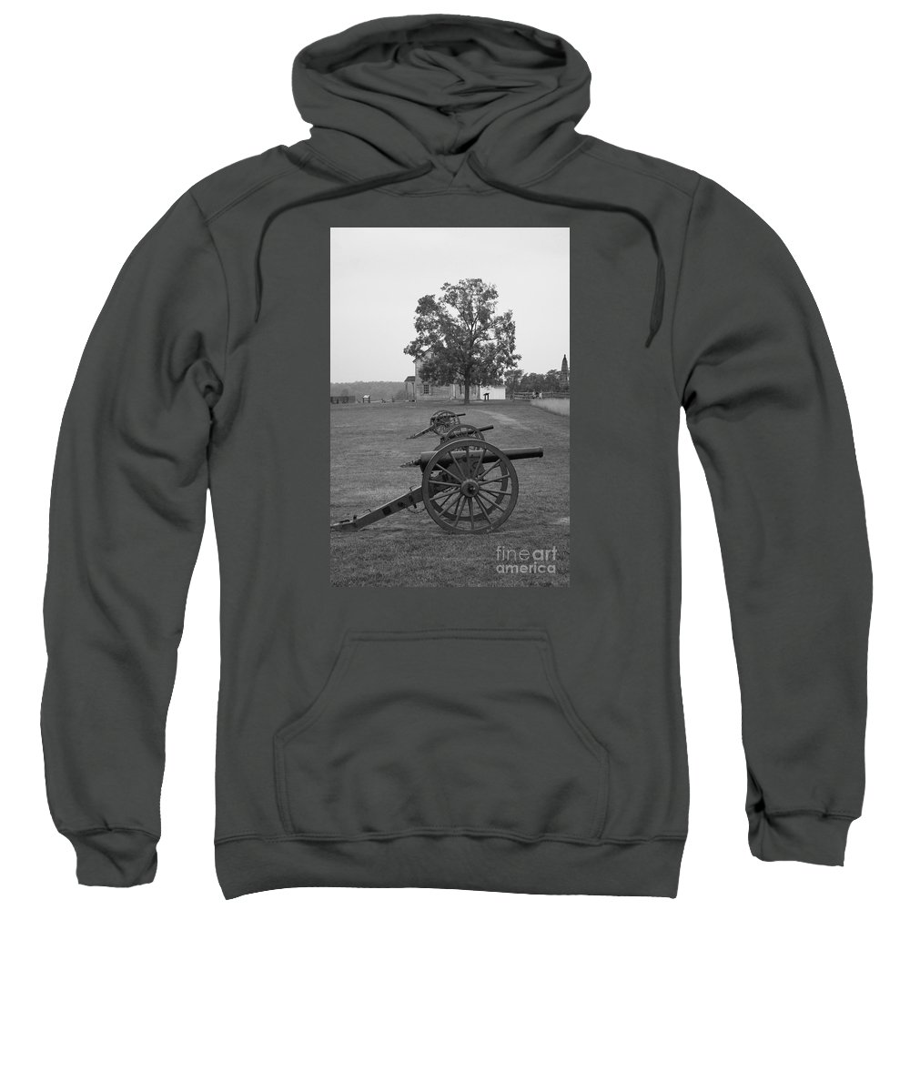 Manassas Sweatshirt featuring the photograph Manassas Battlefield Cannon And House by Christiane Schulze Art And Photography