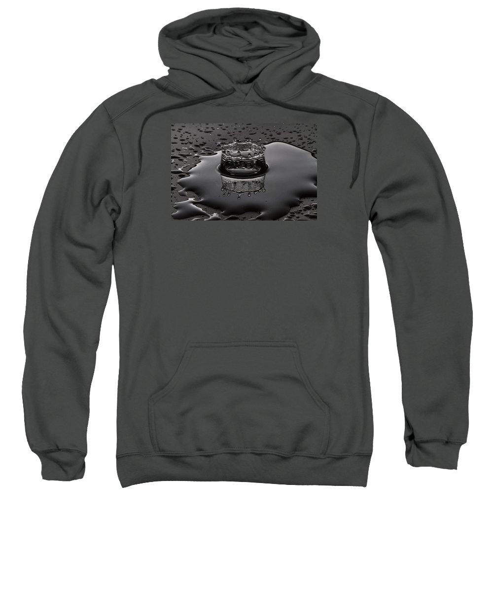 Drop Sweatshirt featuring the photograph Moment by Agustin Uzarraga