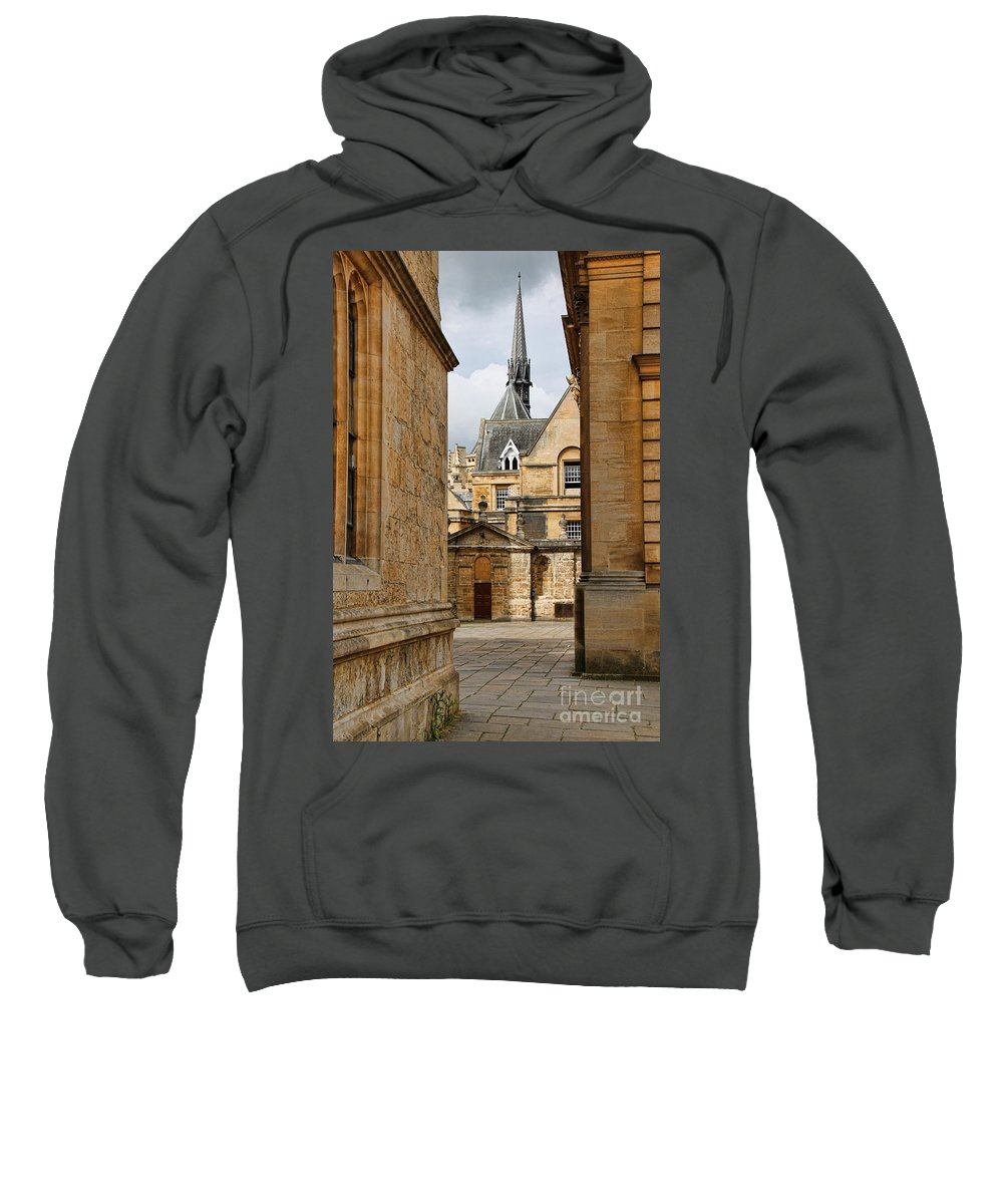 Oxford England Sweatshirt featuring the photograph Oxford Courtyard 5899 by Jack Schultz