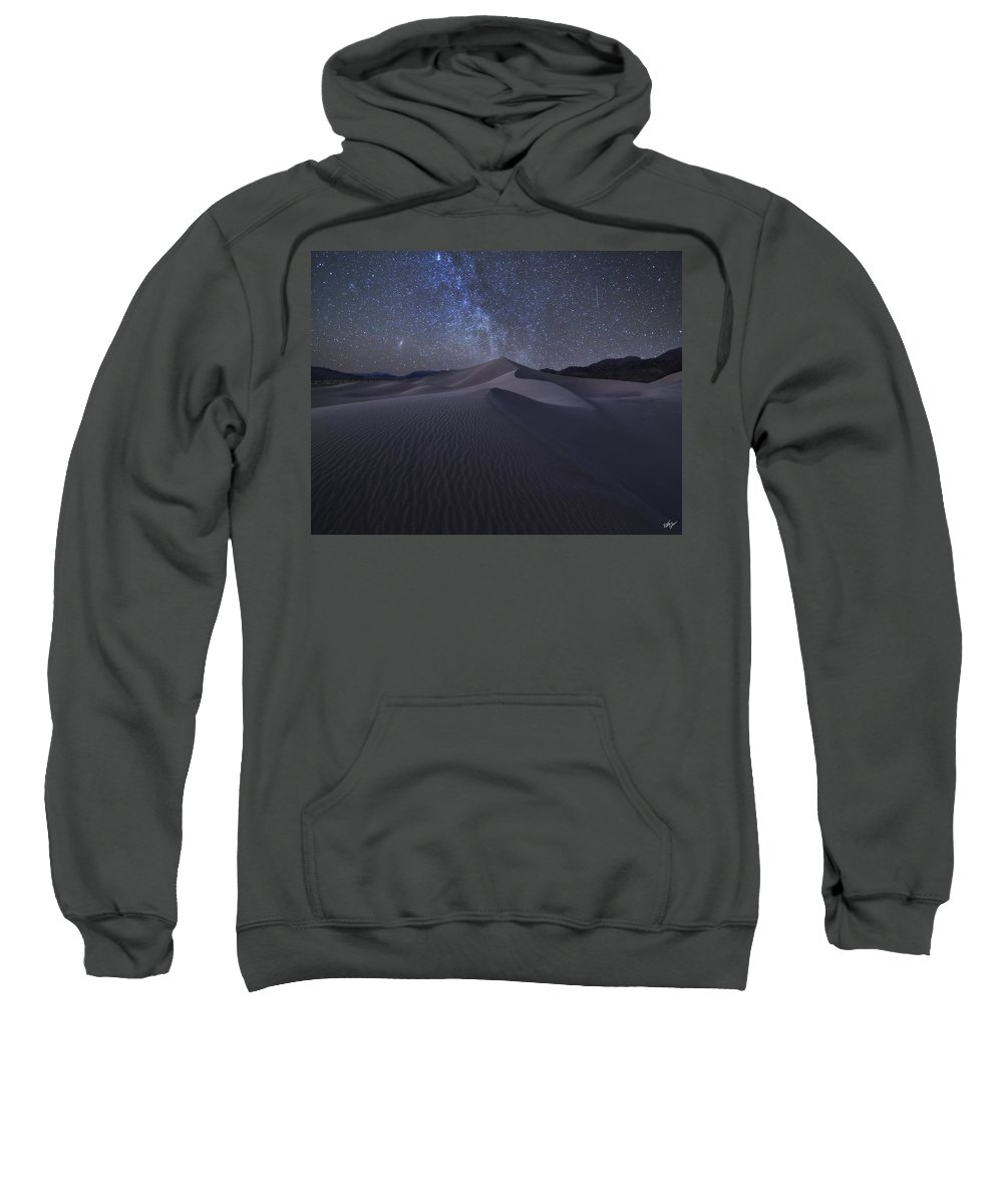 Death Valley National Park Sweatshirt featuring the photograph Sandbox Under The Stars by Peter Coskun
