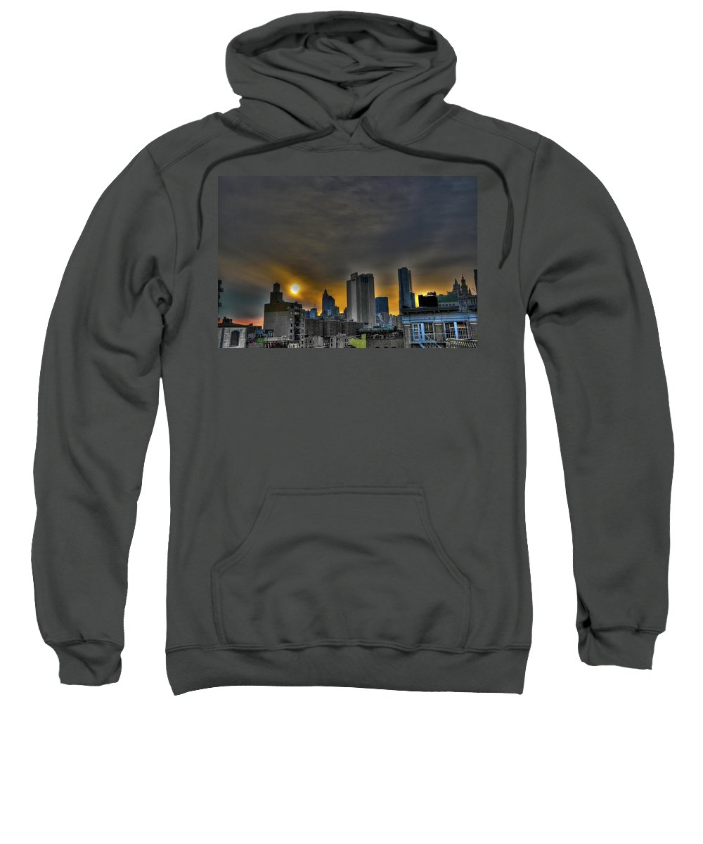 Les Sweatshirt featuring the photograph Sunset In Manhattan's Lower East Side by Randy Aveille