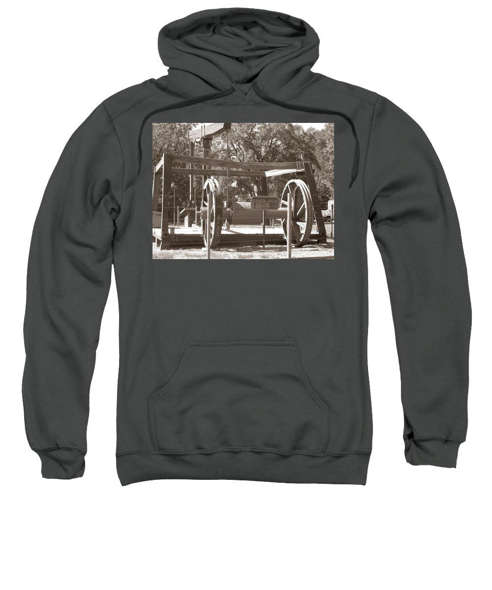 Vintage Oil Rig Sweatshirt featuring the photograph Vintage Oil Rig Santa Rita No. 1 by Connie Fox