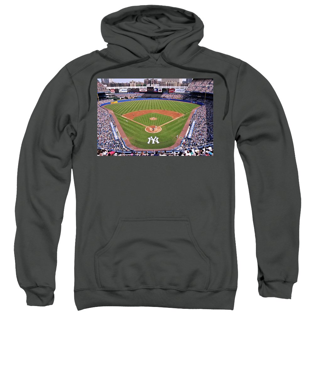 Yankee Stadium Hooded Sweatshirts T-Shirts