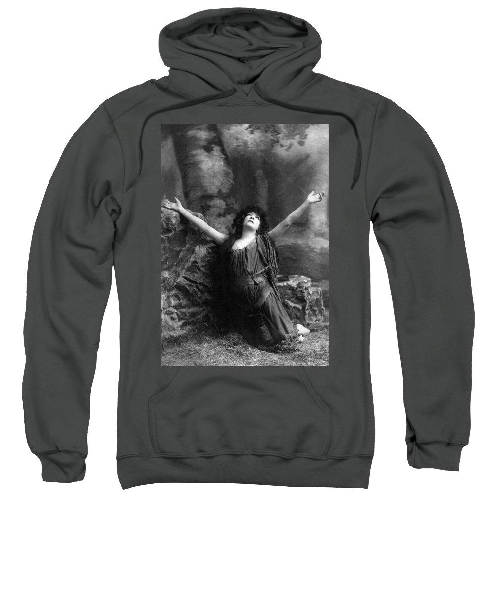 1892 Sweatshirt featuring the photograph Sarah Bernhardt (1844-1923) by Granger