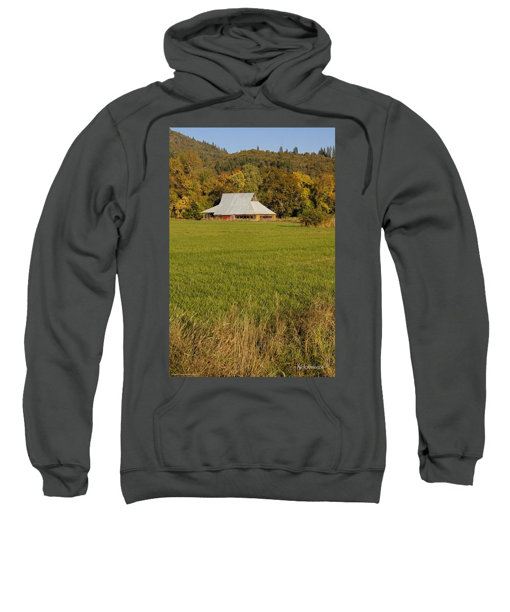 Barn Sweatshirt featuring the photograph Barn Near Murphy by Mick Anderson