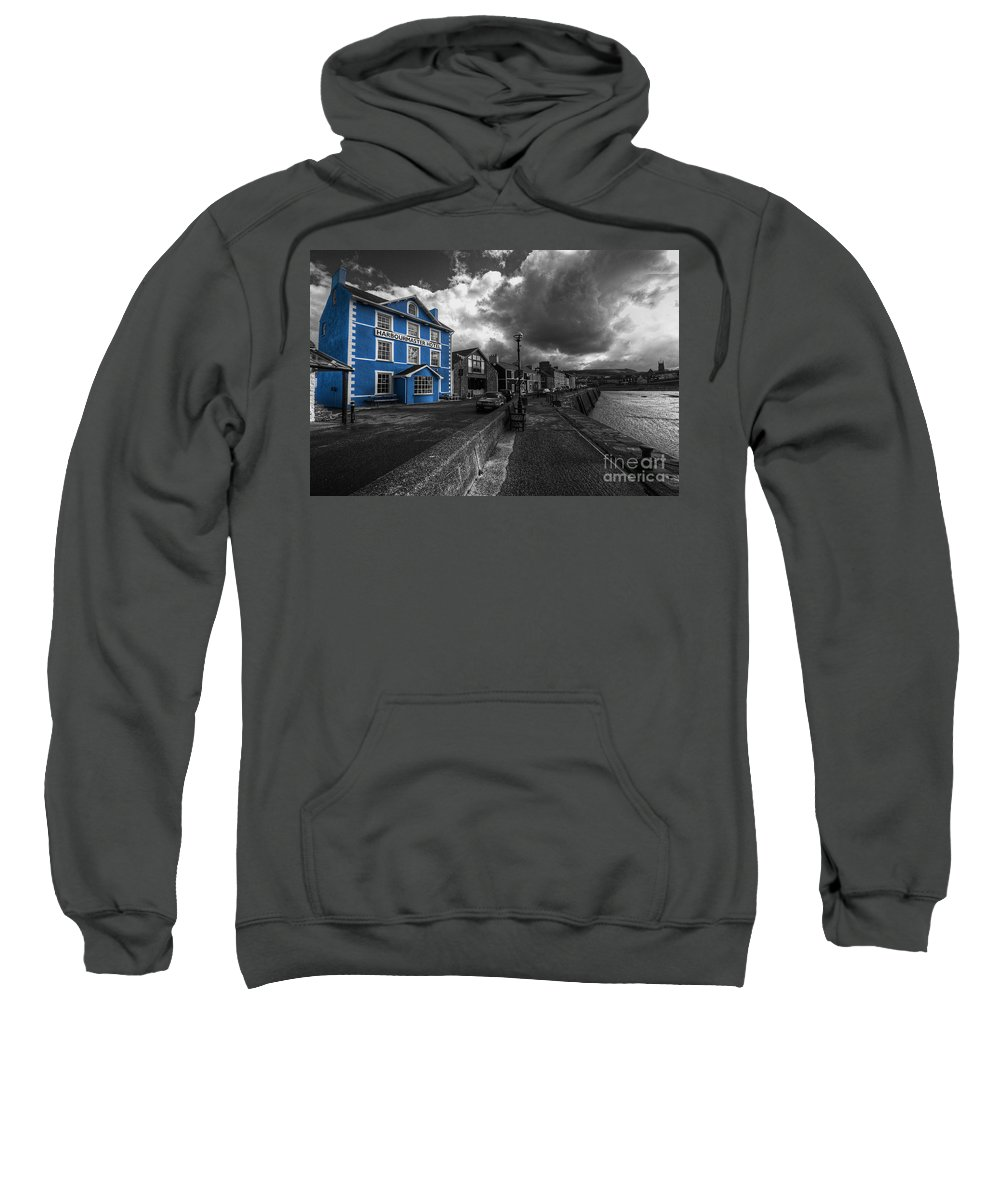 Harbourmaster Sweatshirt featuring the photograph Harbourmaster Hotel by Rob Hawkins