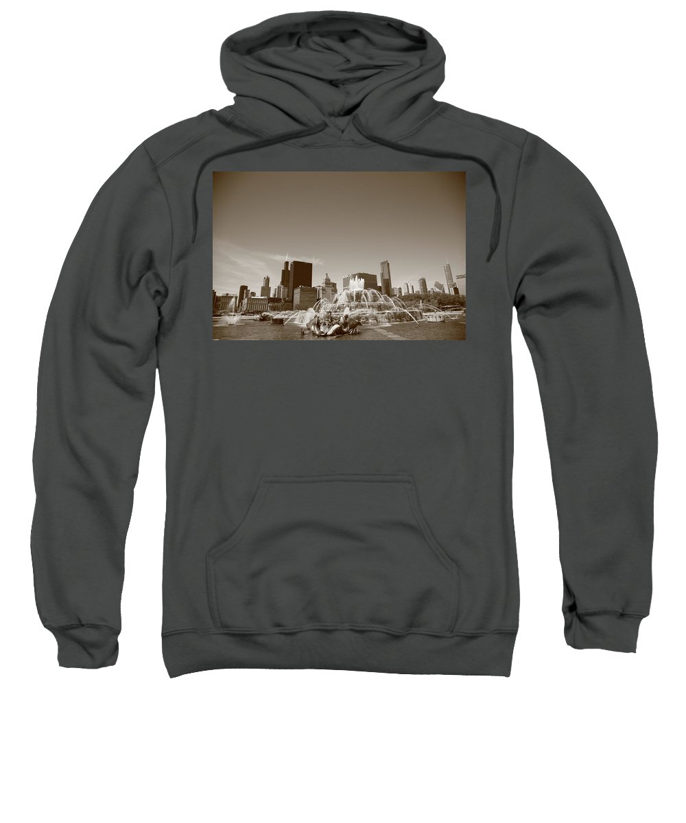 America Sweatshirt featuring the photograph Chicago Skyline And Buckingham Fountain by Frank Romeo