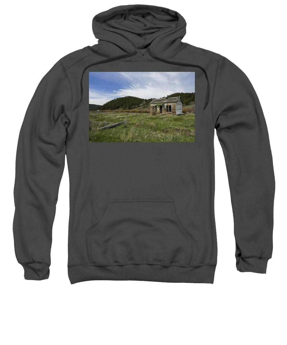 Horizontal Sweatshirt featuring the photograph Abandoned House by Brian Kamprath