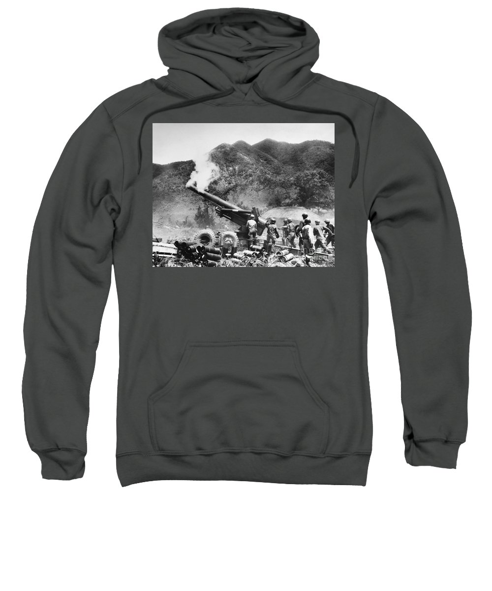 1951 Sweatshirt featuring the photograph Korean War: Artillery by Granger
