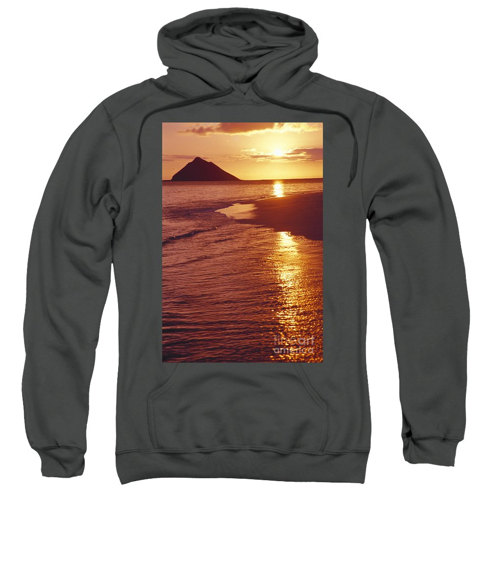 Beach Sweatshirt featuring the photograph Oahu, Lanikai Beach by Tomas del Amo - Printscapes