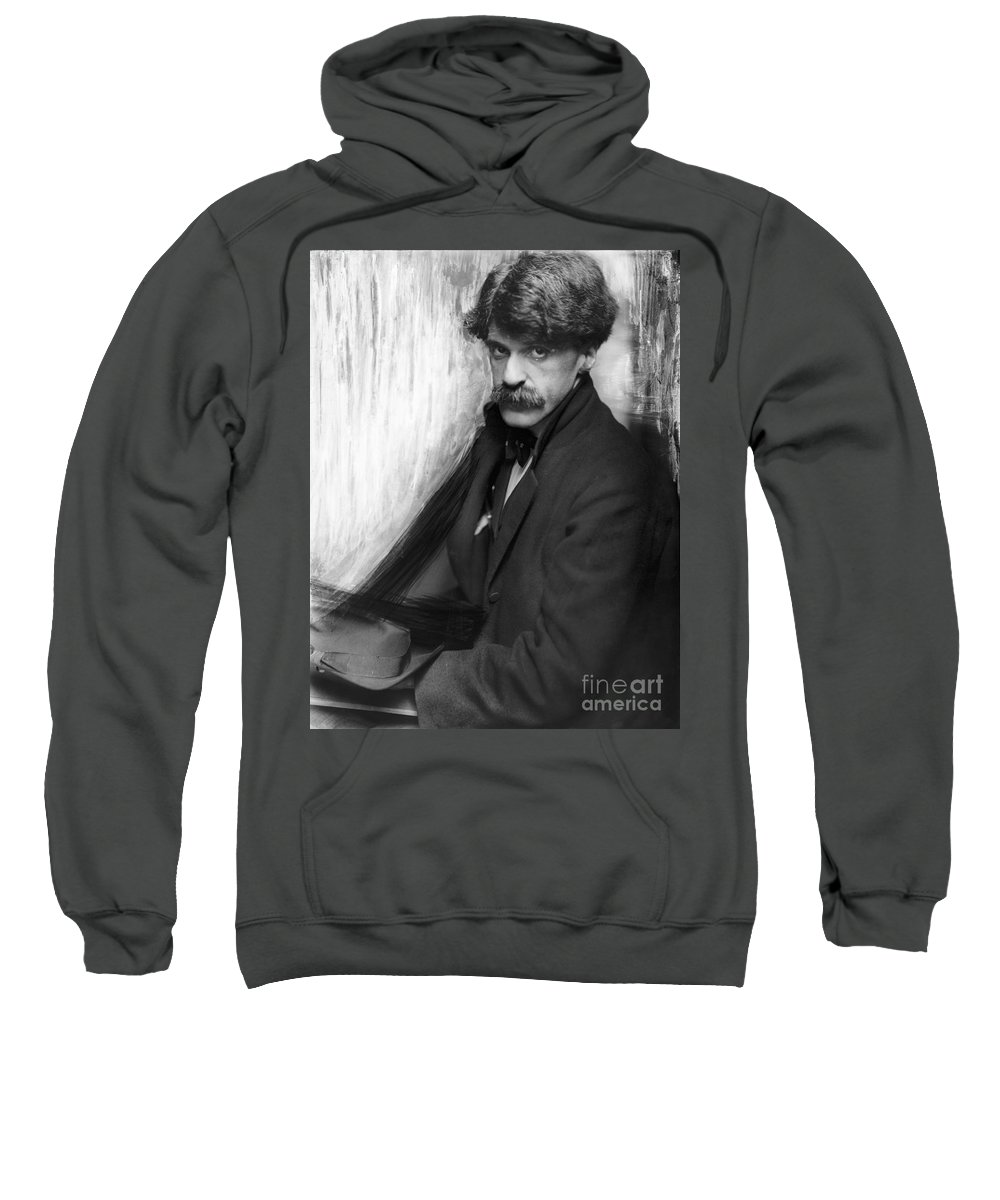 1902 Sweatshirt featuring the photograph Alfred Stieglitz (1864-1946) by Granger