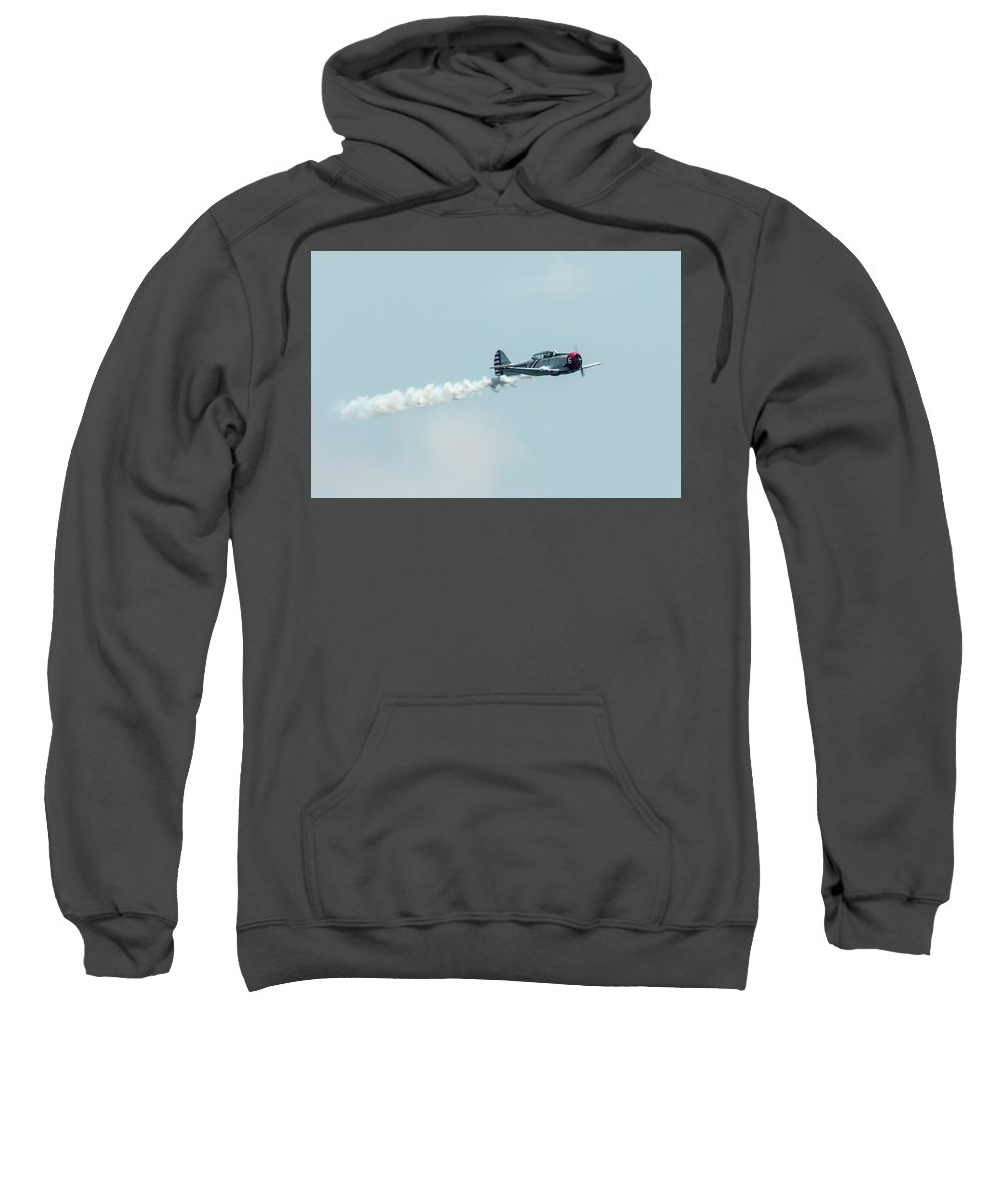 Single Sweatshirt featuring the photograph Crusin by Douglas Kelley