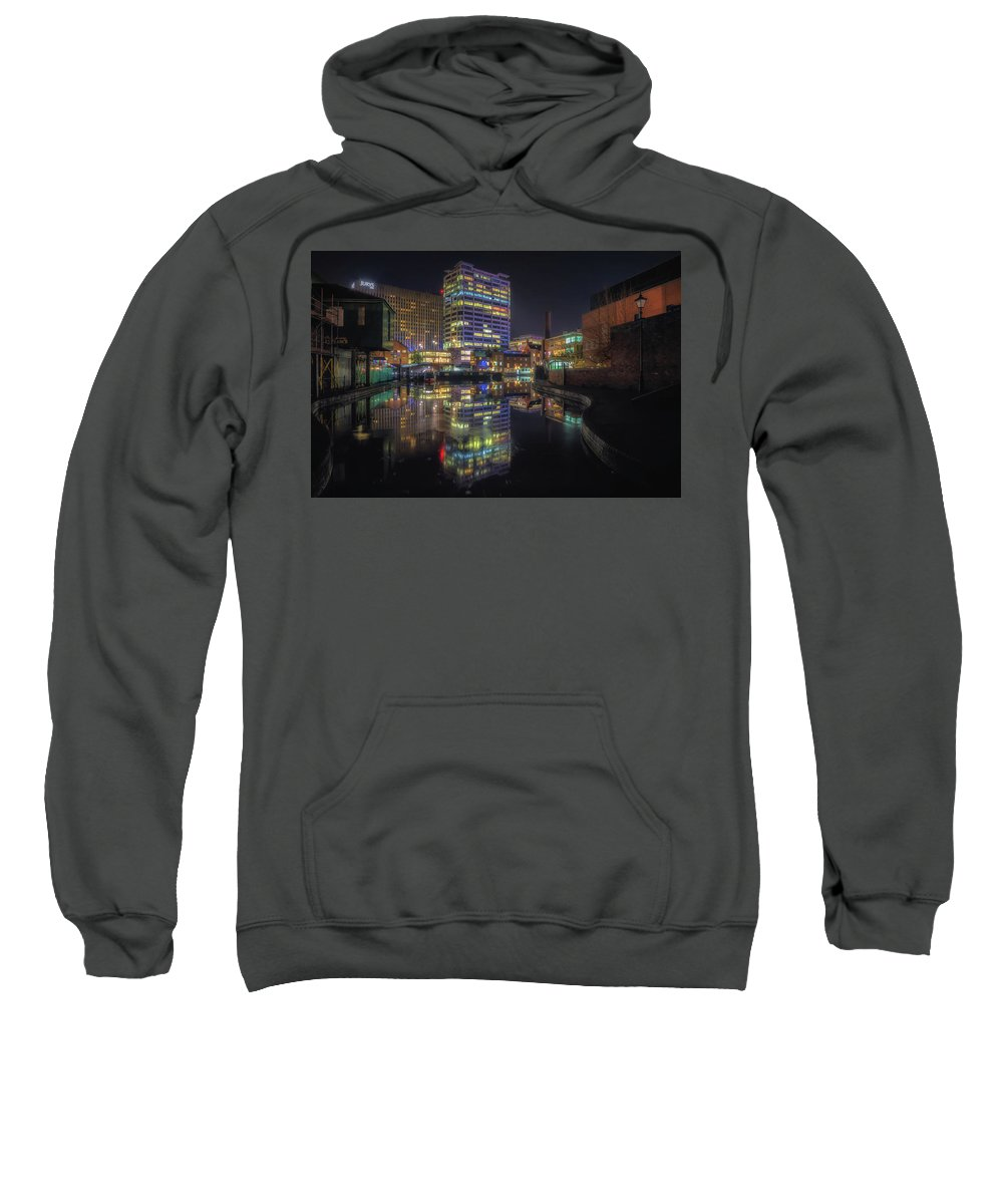 6x4 Sweatshirt featuring the photograph Gas Street Basin At Night by Chris Fletcher