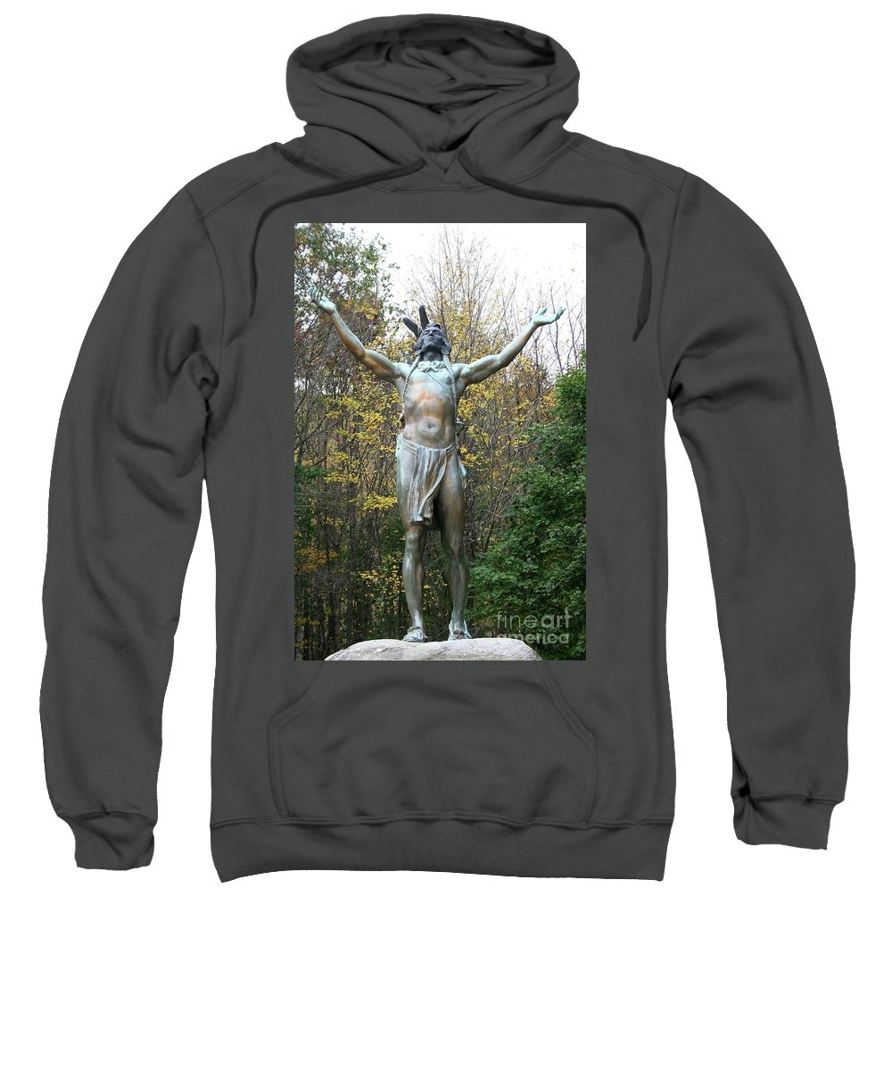 Nativ American Sculpture Sweatshirt featuring the photograph Hail To The Sunrise by Christiane Schulze Art And Photography