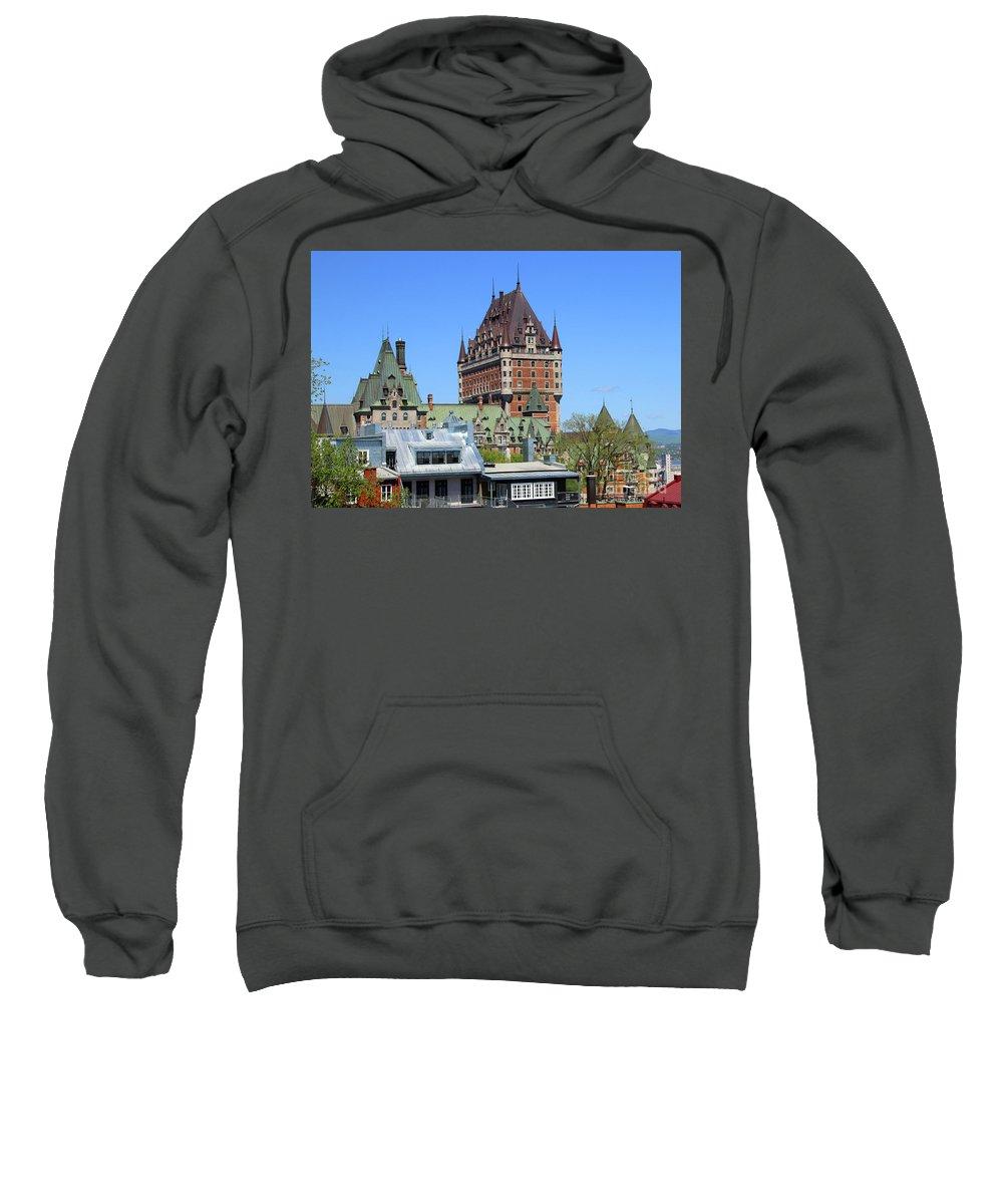 Hotel Fairmont Le Ch�teau Frontenac Sweatshirt featuring the photograph Hotel Fairmont Le Chateau Frontenac 6496 by Jack Schultz