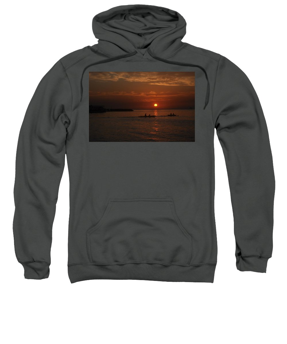 Sunset. Sweatshirt featuring the photograph Manila Bay At Dusk. by Francisco Buenafe