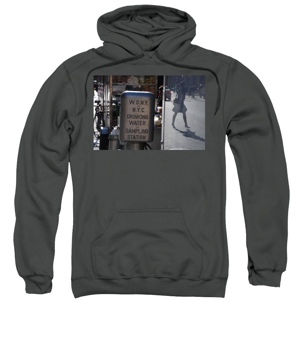 Street Scene Sweatshirt featuring the photograph Nyc Drinking Water by Rob Hans