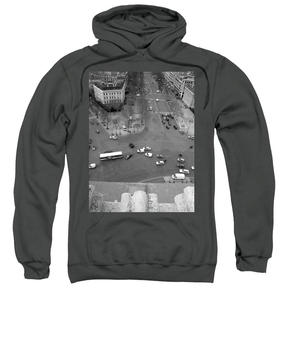 City Sweatshirt featuring the photograph Paris by Thomas Morris
