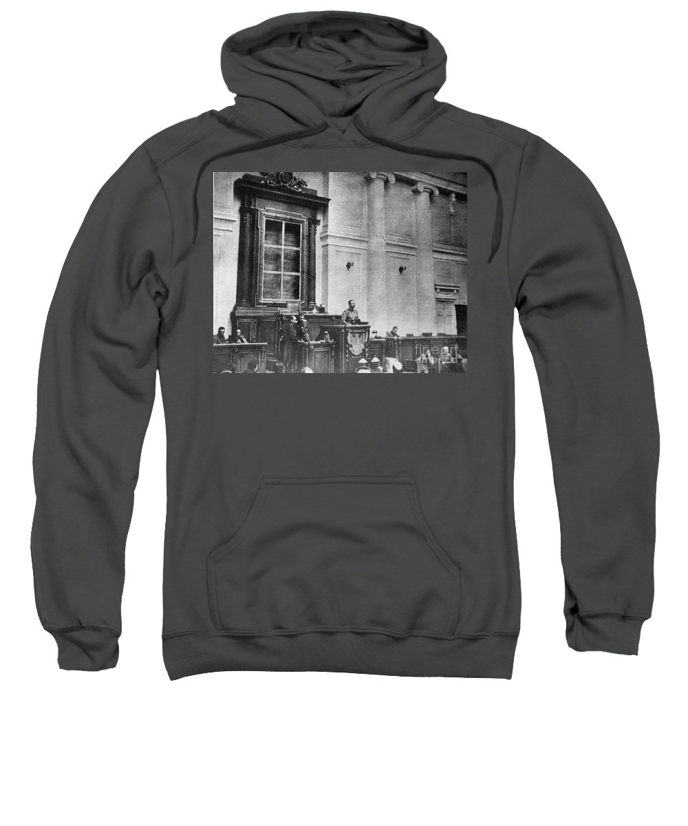 1917 Sweatshirt featuring the photograph Russia: Revolution Of 1917 by Granger