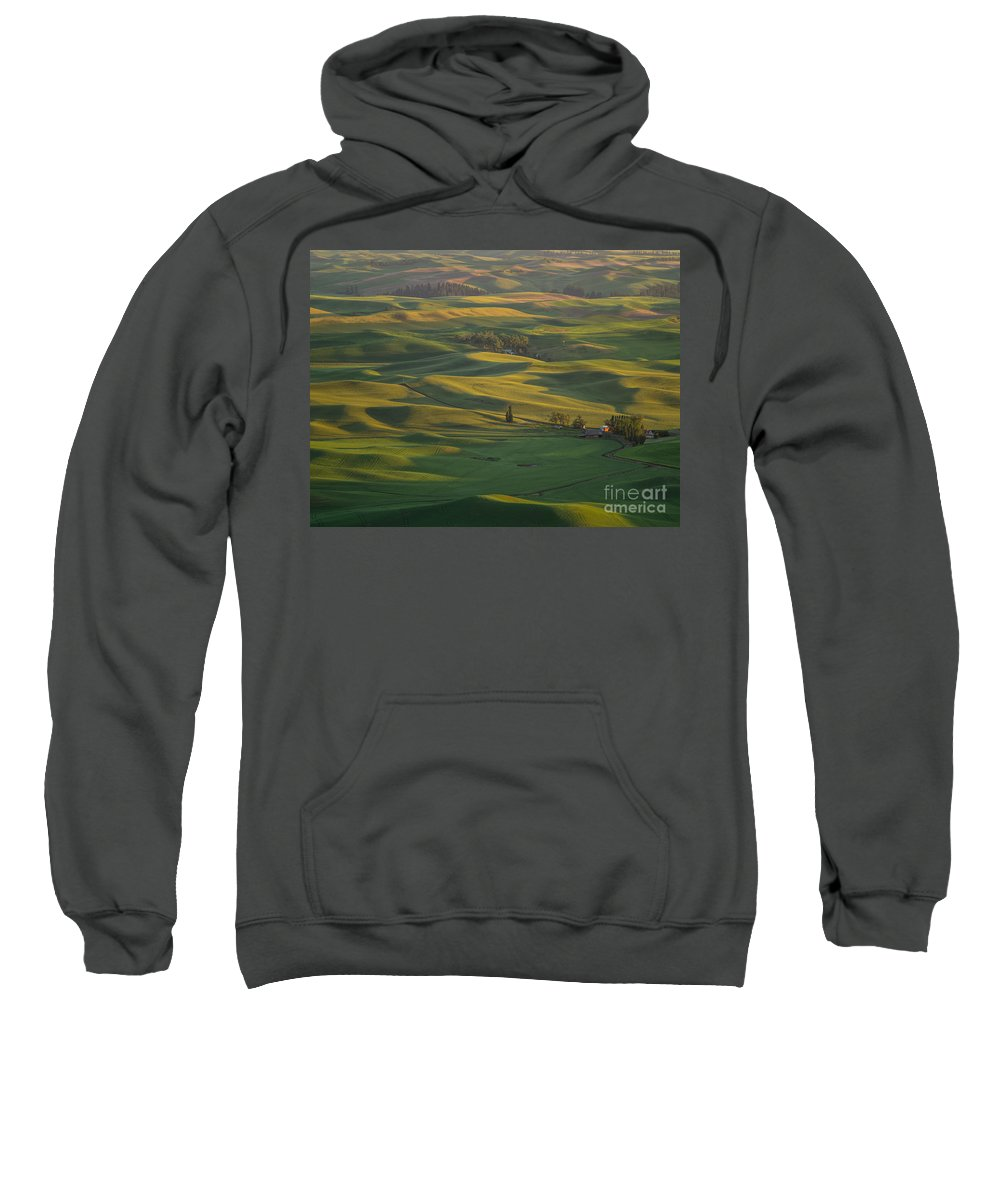 Barns Sweatshirt featuring the photograph Steptoe Butte 9 by Tracy Knauer