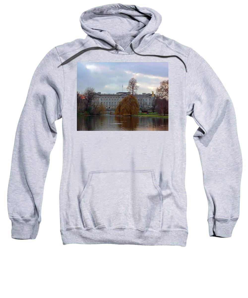 Buckingham Palace Sweatshirt featuring the photograph Buckingham Palace by Lynn Bolt