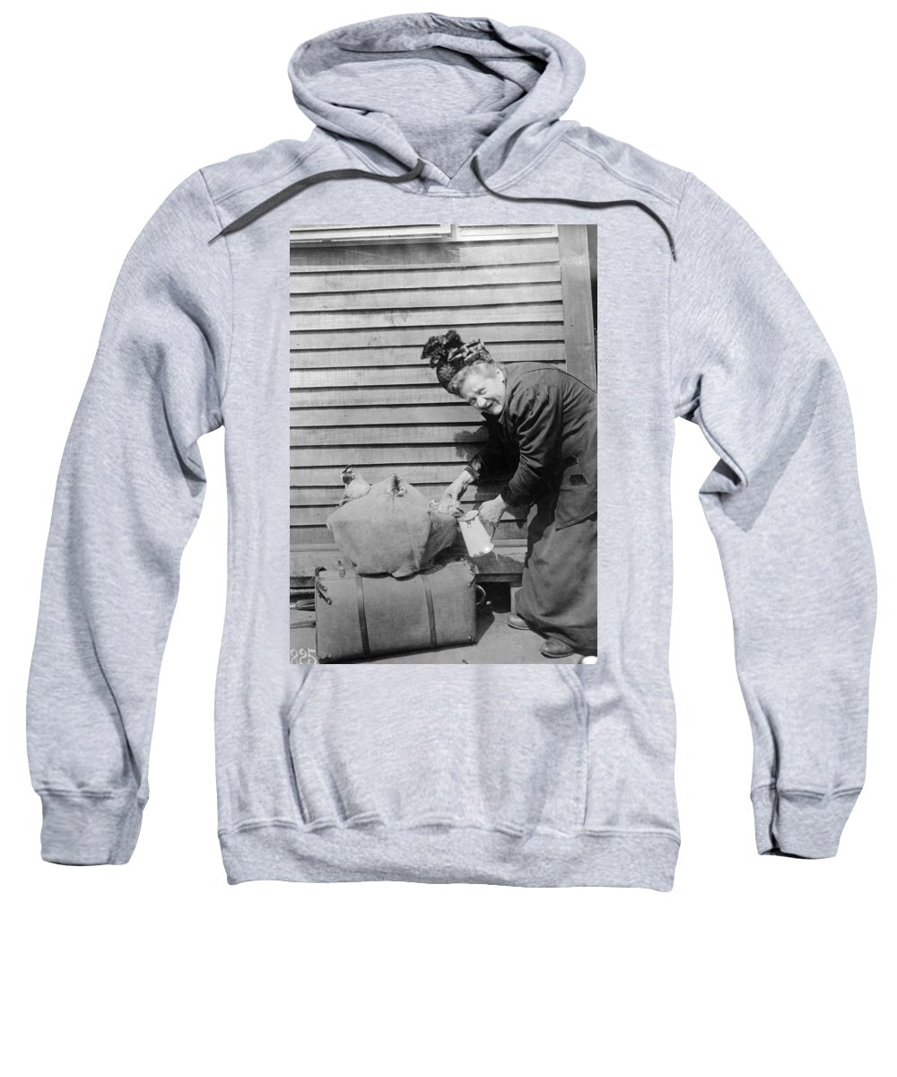 1918 Sweatshirt featuring the photograph Wwi Refugee, 1918 by Granger