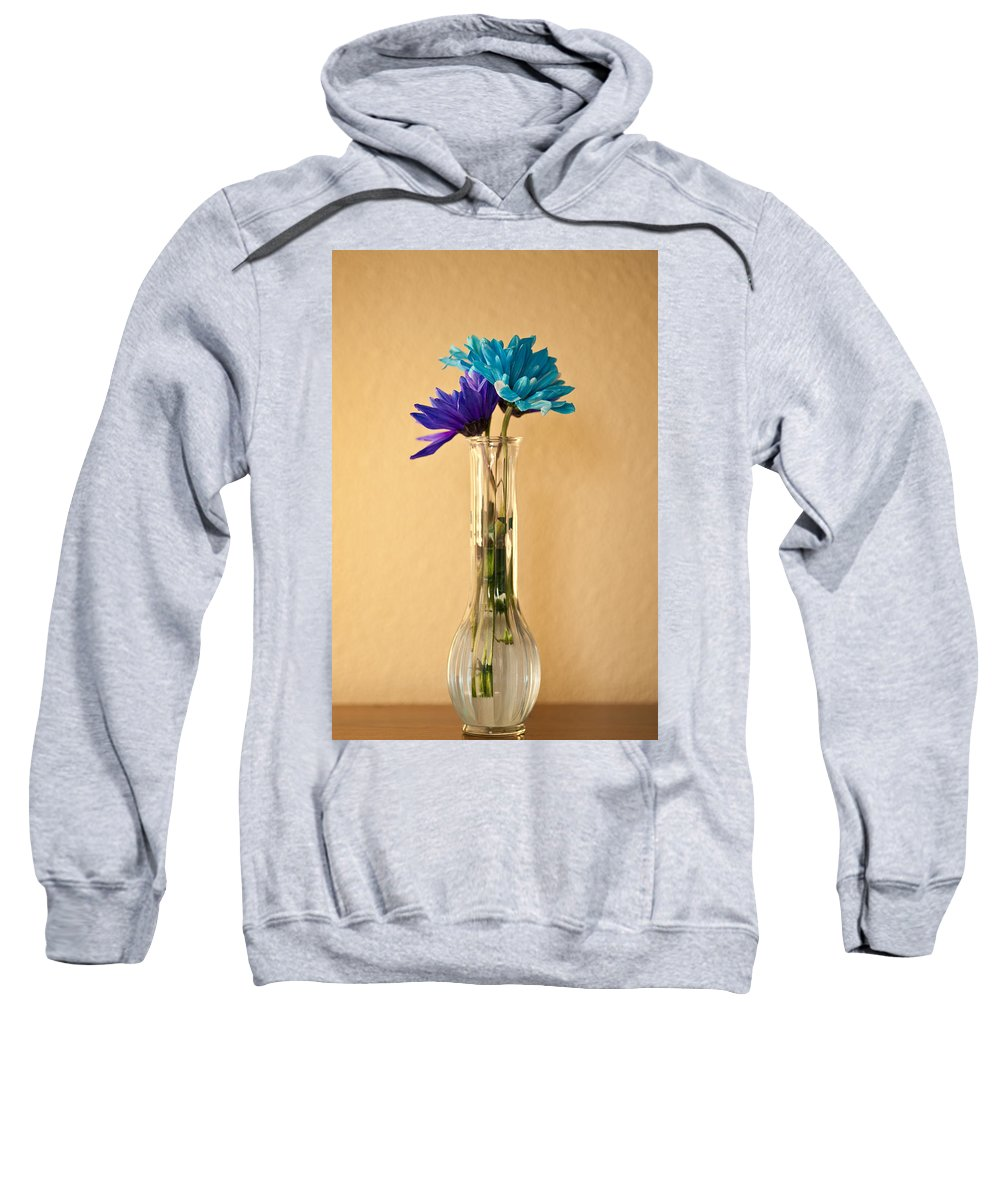 Art Sweatshirt featuring the photograph Daisies In A Vase On Shelf by Jim Corwin