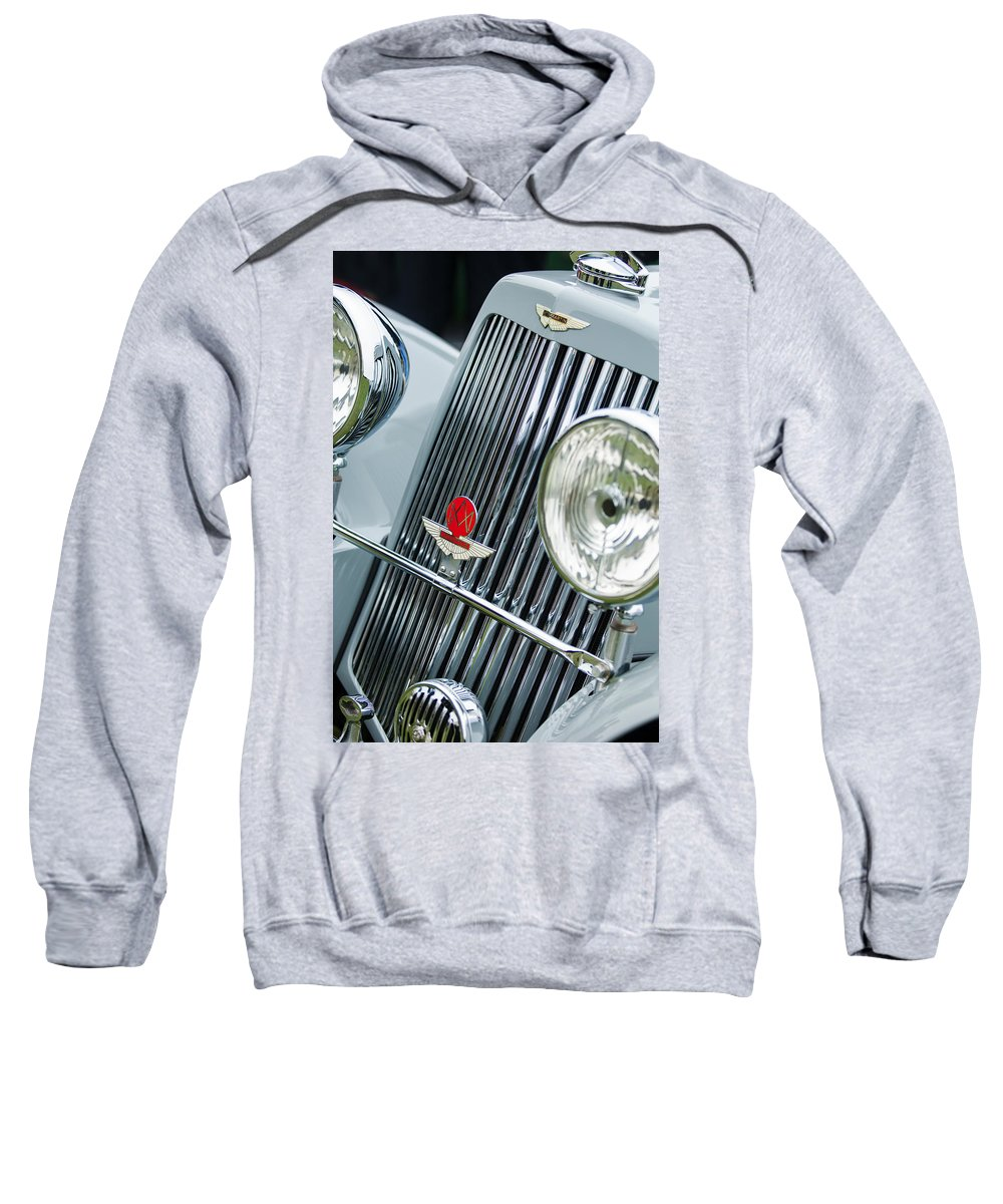 1939 Aston Martin 15/98 Abbey Coachworks Swb Sports Grille Emblems Sweatshirt featuring the photograph 1939 Aston Martin 15-98 Abbey Coachworks Swb Sports Grille Emblems by Jill Reger