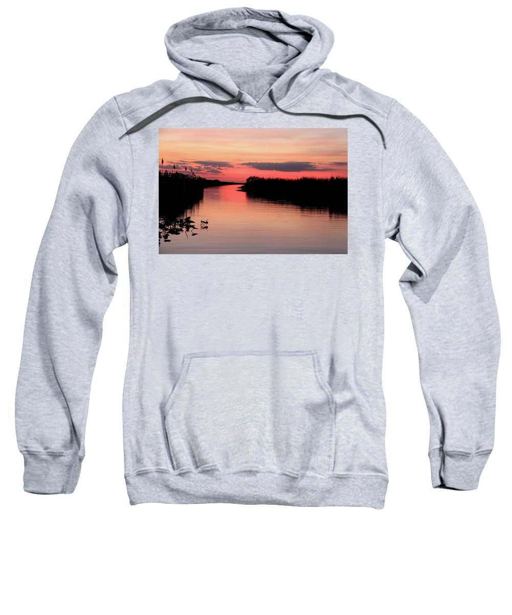 Pink Sunset Water Landscape Nature Spectacular Beautiful Relaxation Peace Ocean Everglades Florida Sweatshirt featuring the photograph Seeking The Moment by AR Annahita